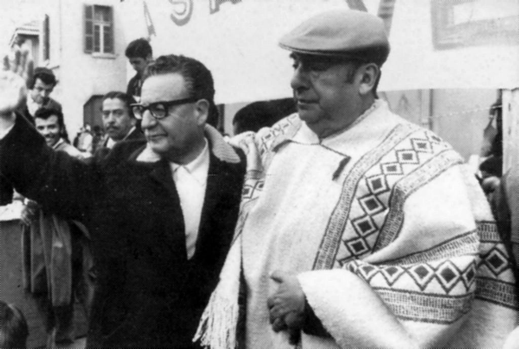 Salvador Allende y Pablo Neruda.jpg