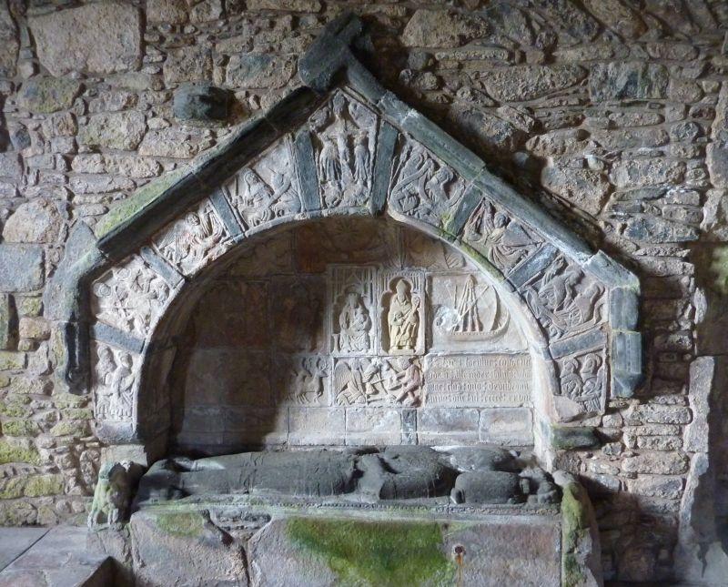 File:St clements church rodel 100609 - 02.jpg - Wikimedia ...