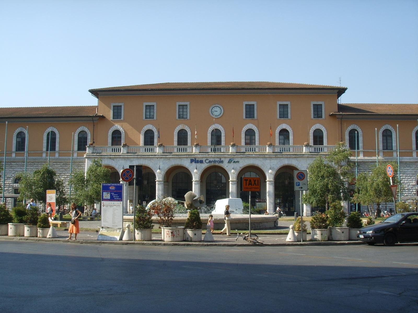 File Stazione Di Pisa Centrale Jpg Wikimedia Commons