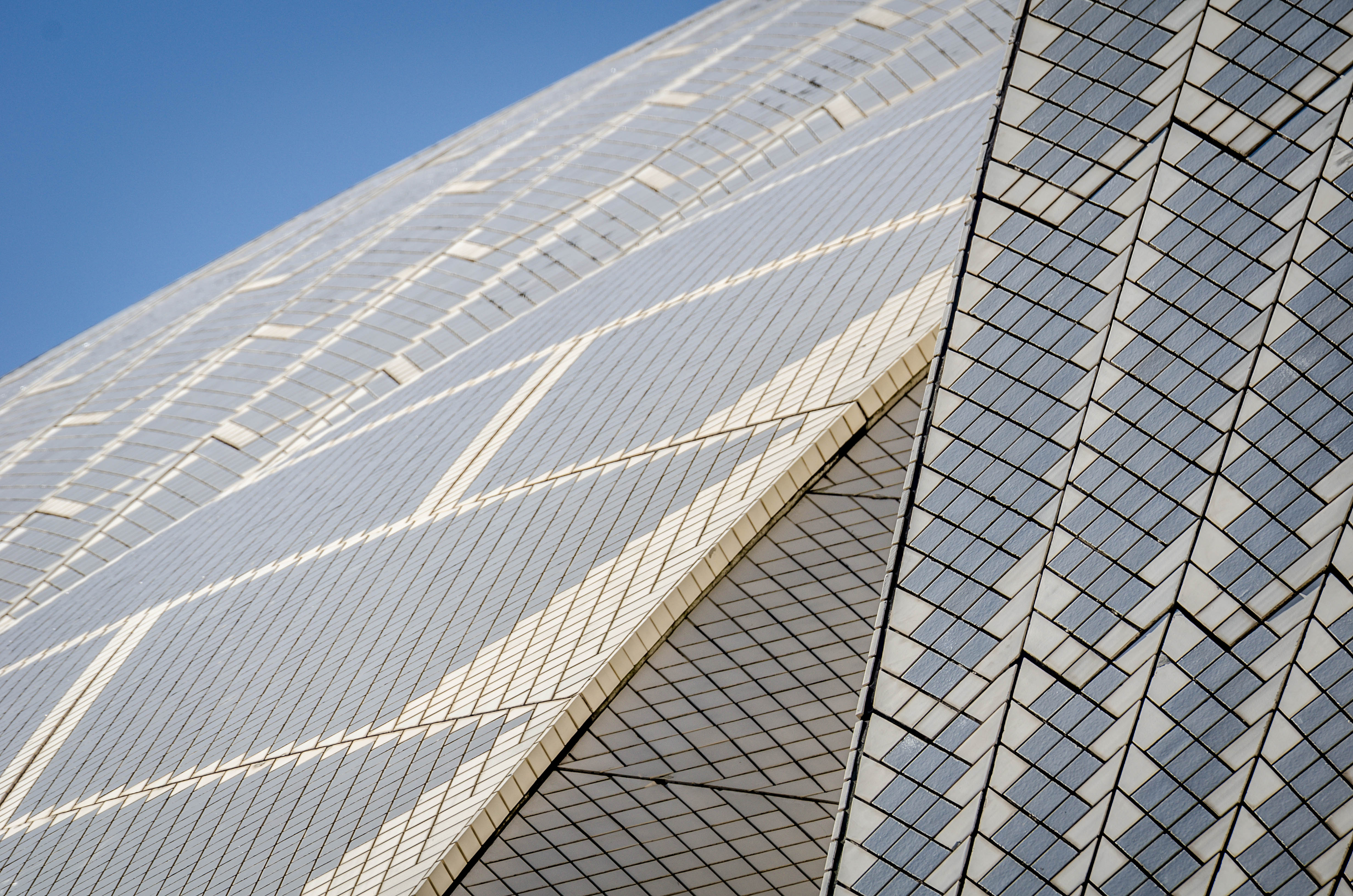Architecture ae 390 sydney opera house - Houses with ceramic tile roofing ...