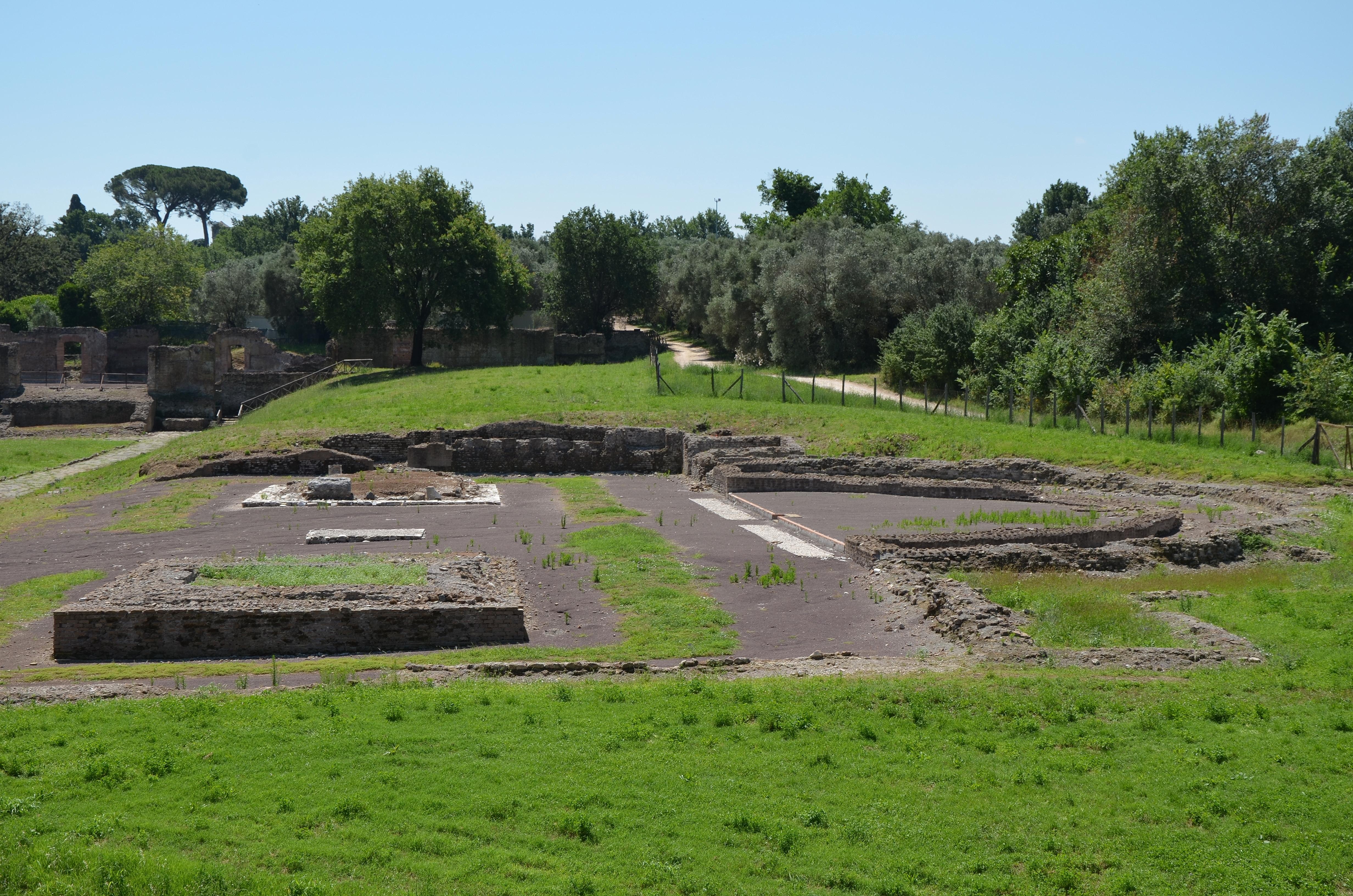 Monte Porzio Catone Cosa Vedere file:the antinoeion, hadrian's villa (16036504998)