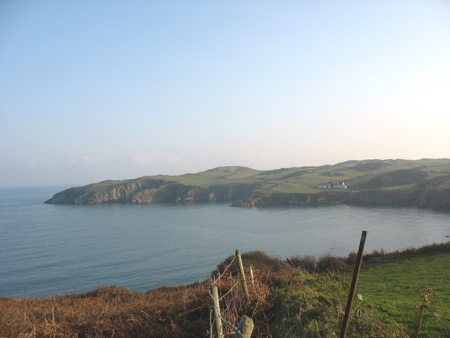 The eastern shore of Porth Wen from above the brickworks - geograph.org.uk - 1101462
