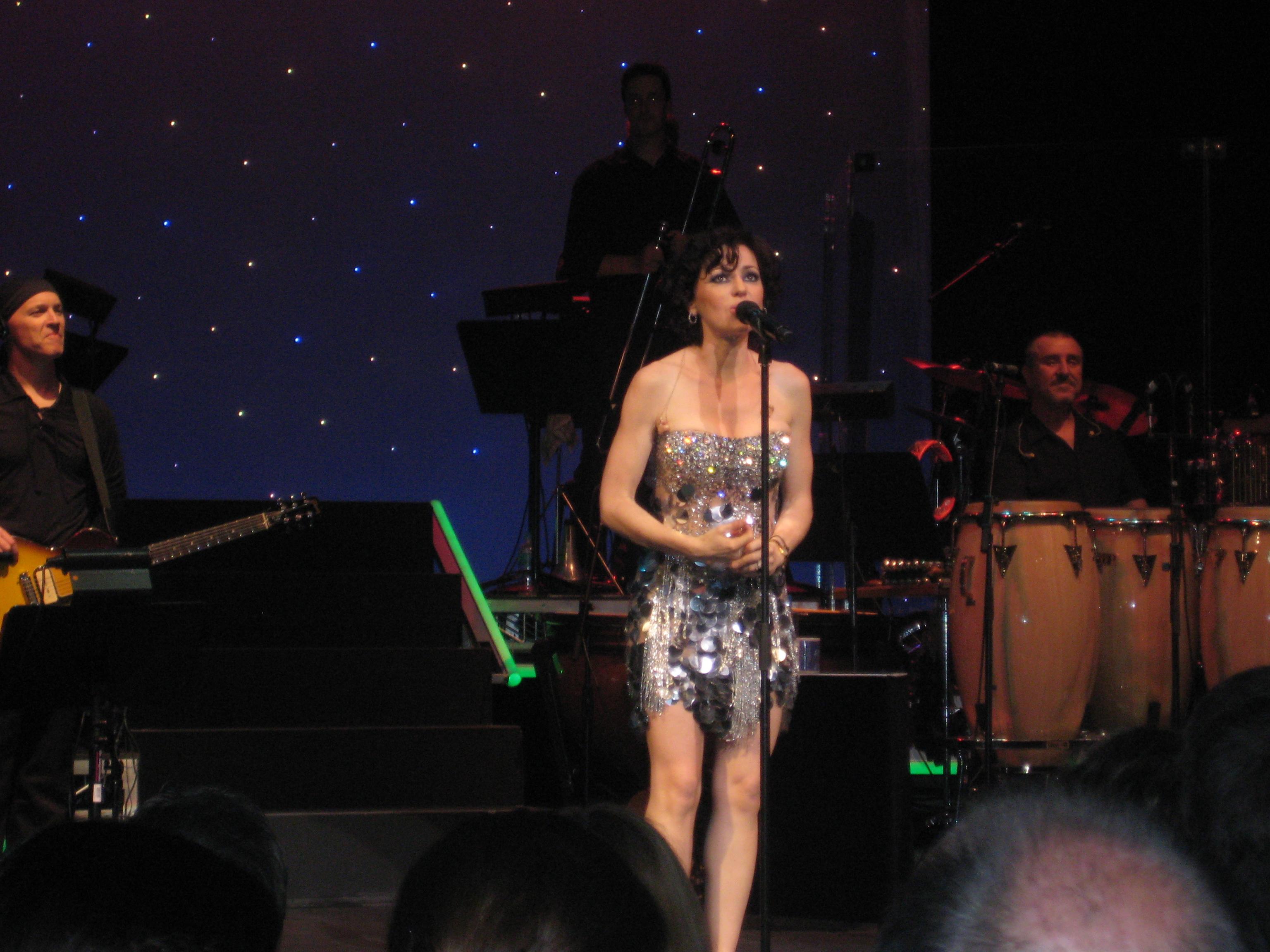 Tina Arena - Picture