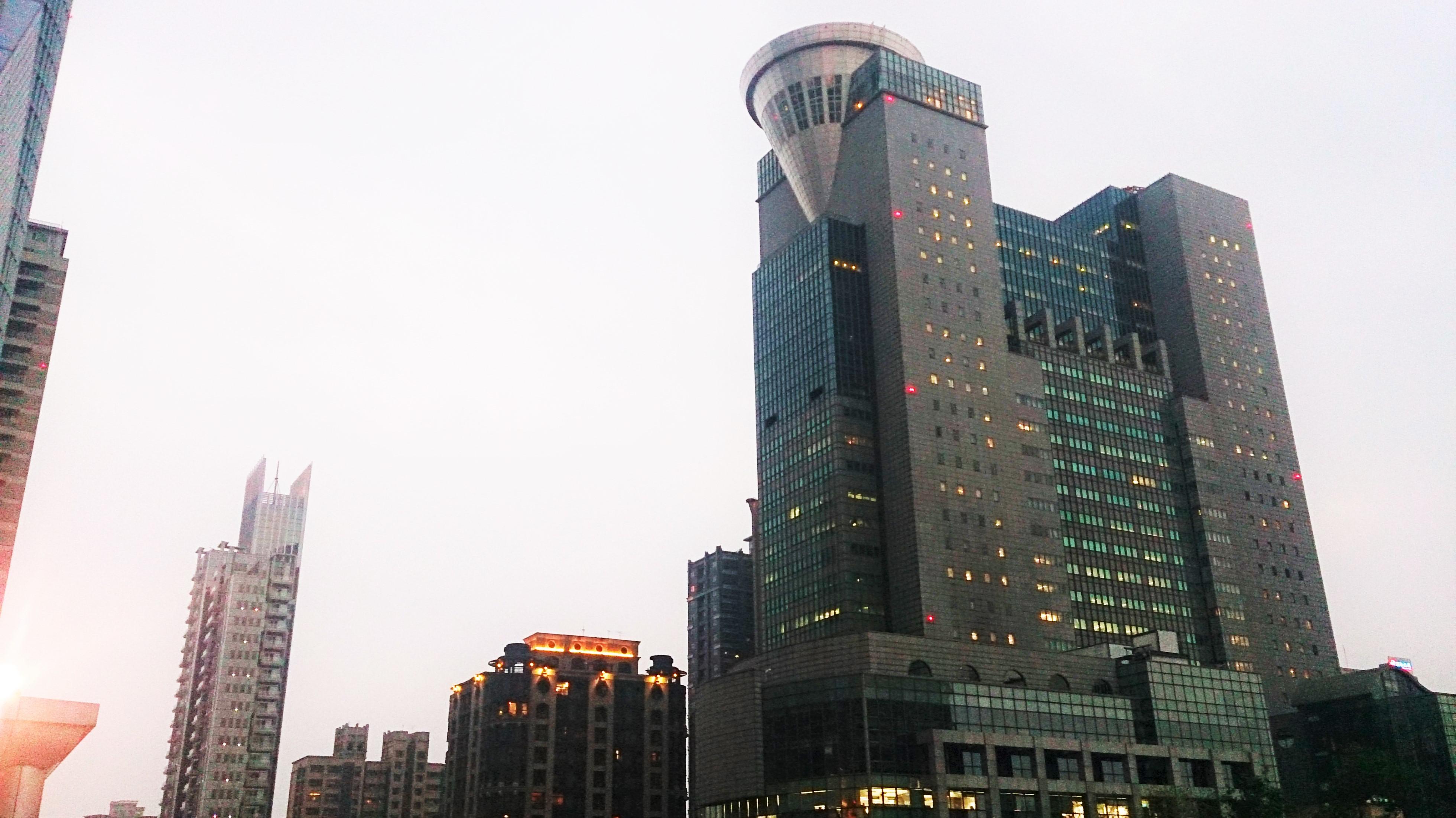 新北市政府大樓.jpg