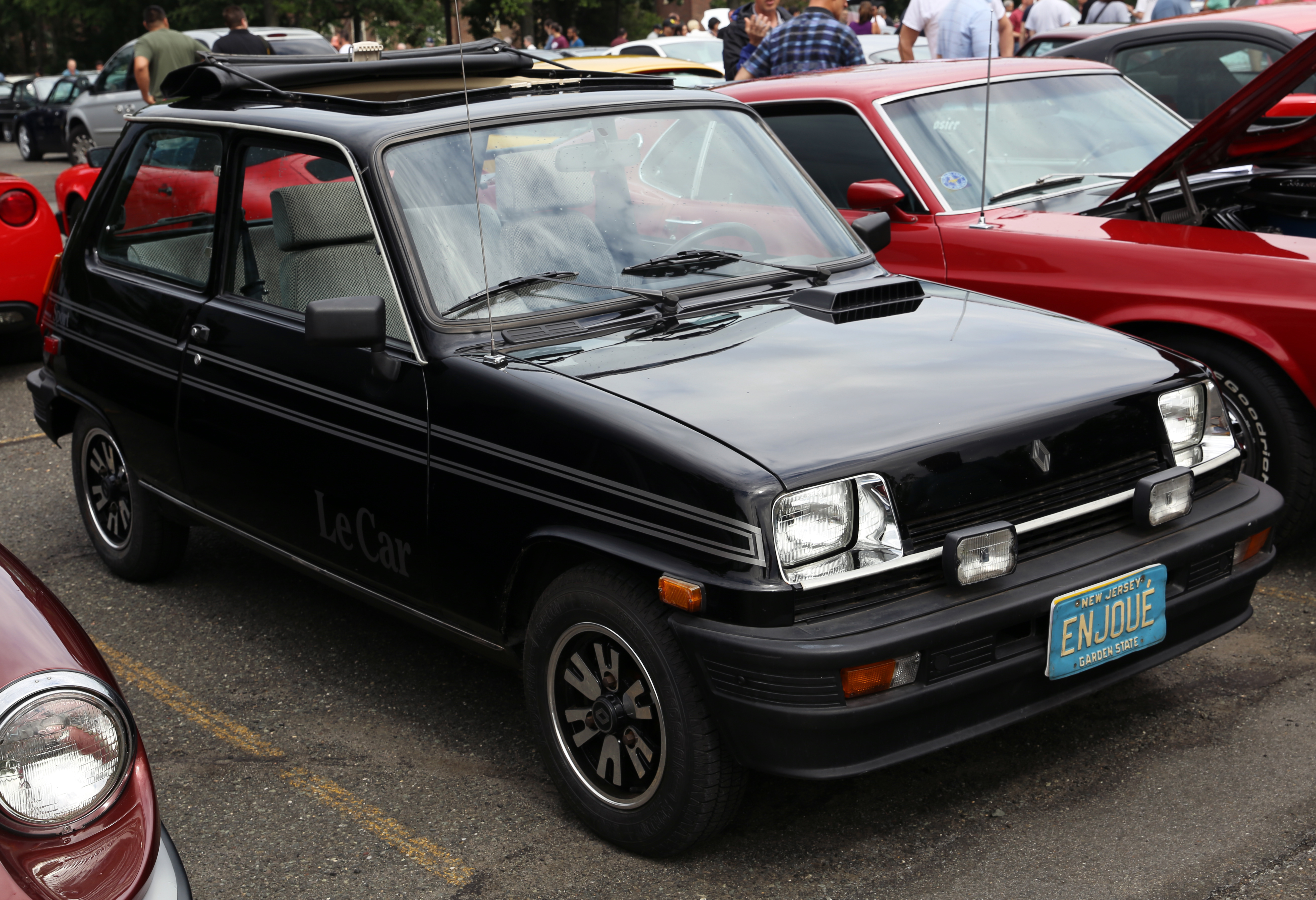 1983 renault le car