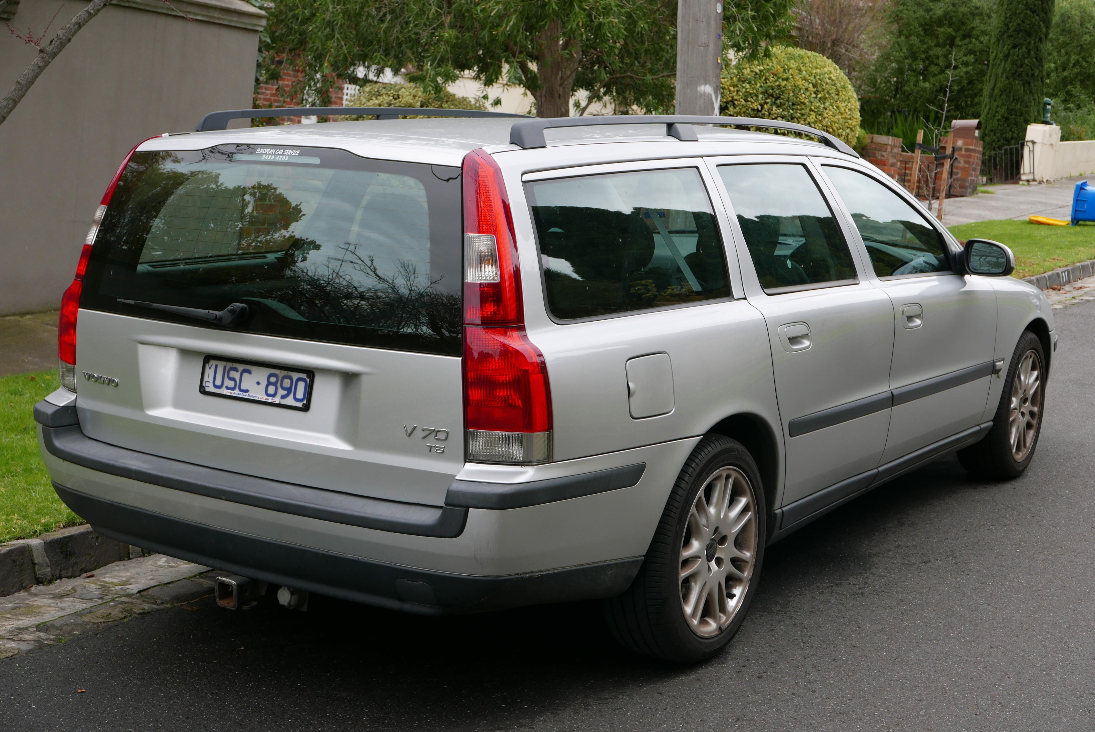 2001 volvo wagon v70