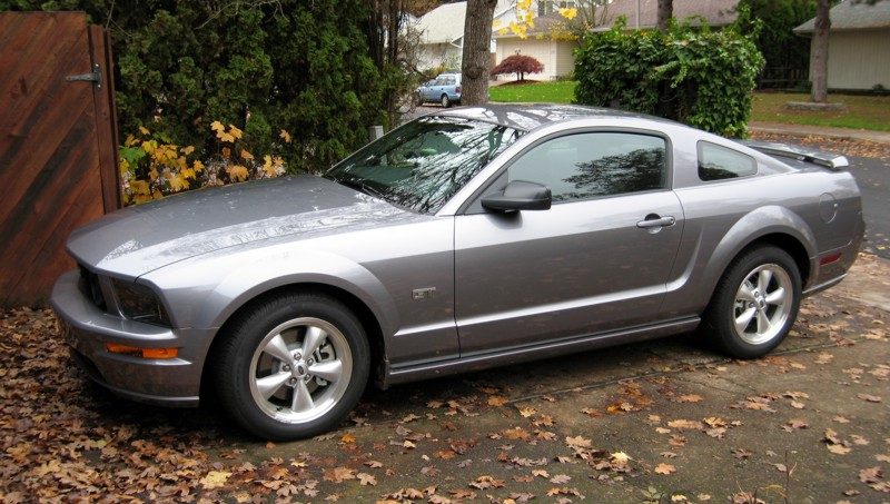 file:2007 ford mustang gt - wikimedia commons