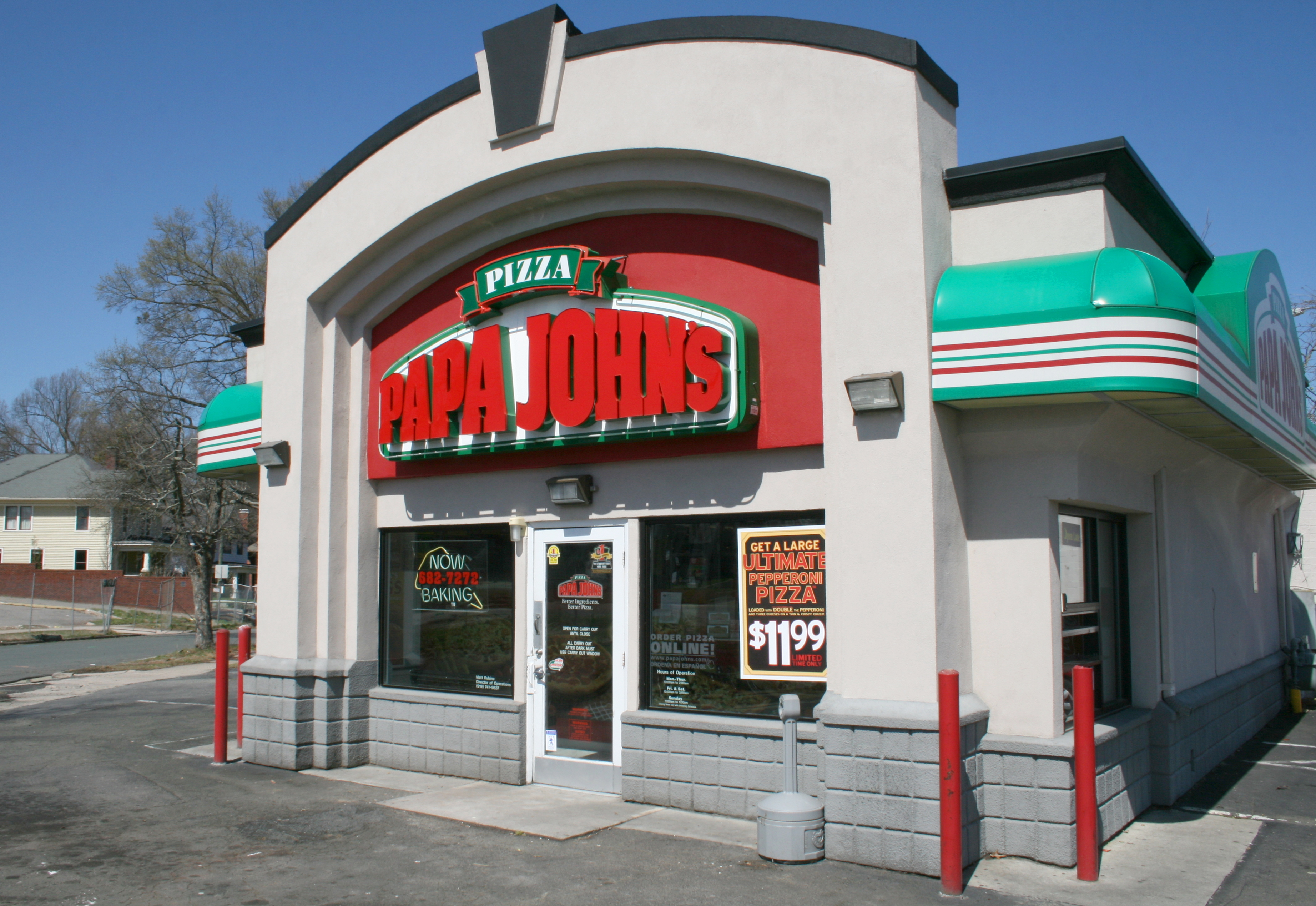 Papa Johns and many other U.S. franchises are seeing growth as people take their job security into their own hands. Image from Wikimedia.