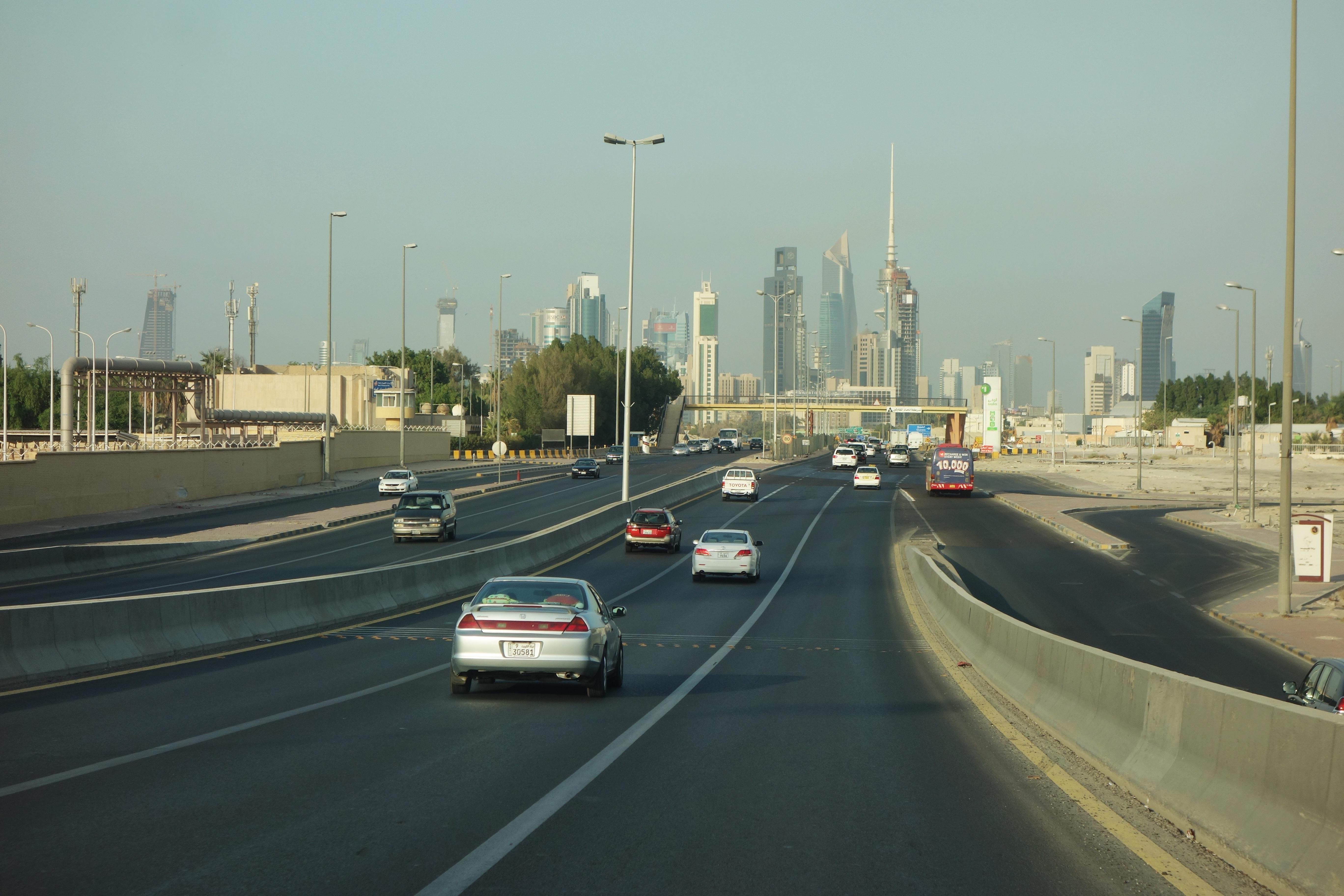 File:2012 road Kuwait 8016482071 jpg - Wikimedia Commons