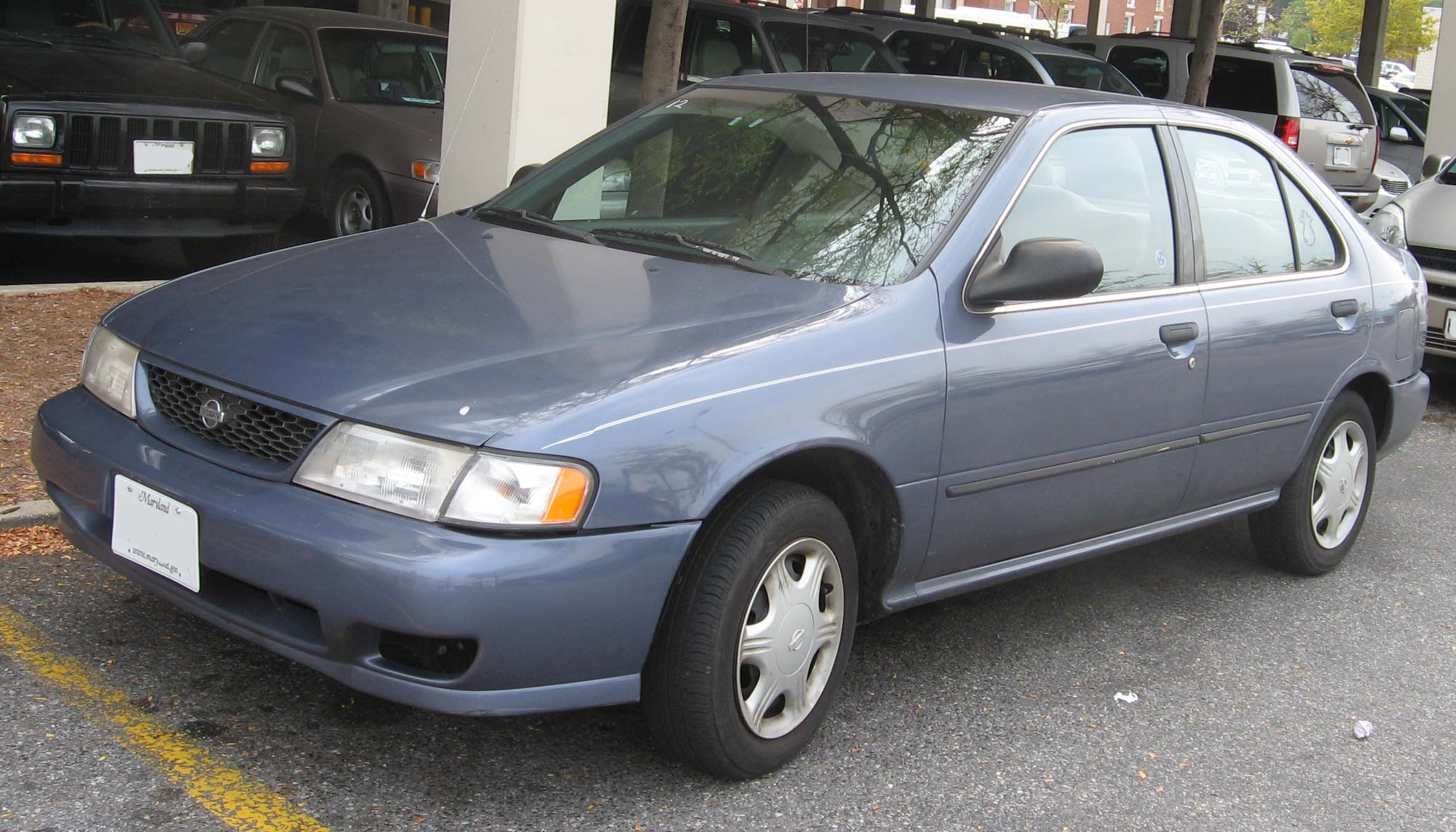 Altima Gxe 1998 >> File:98-Nissan-Sentra.jpg - Wikimedia Commons
