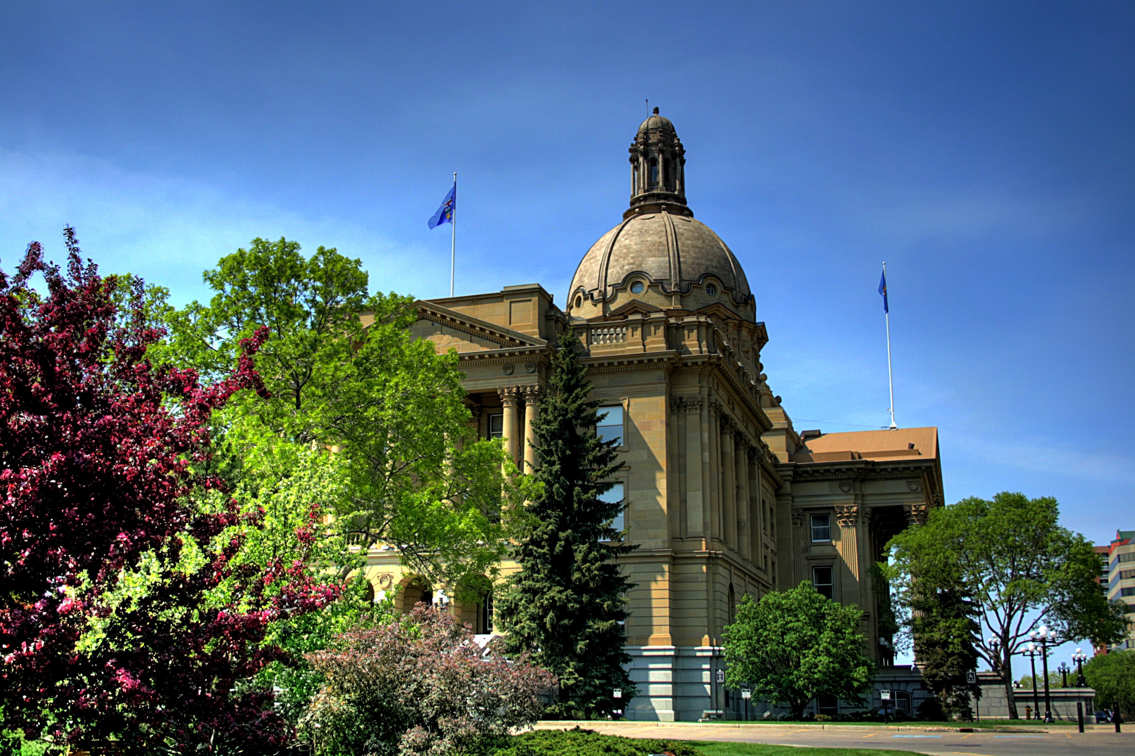 file alberta legislature building 02 a jpg wikimedia commons