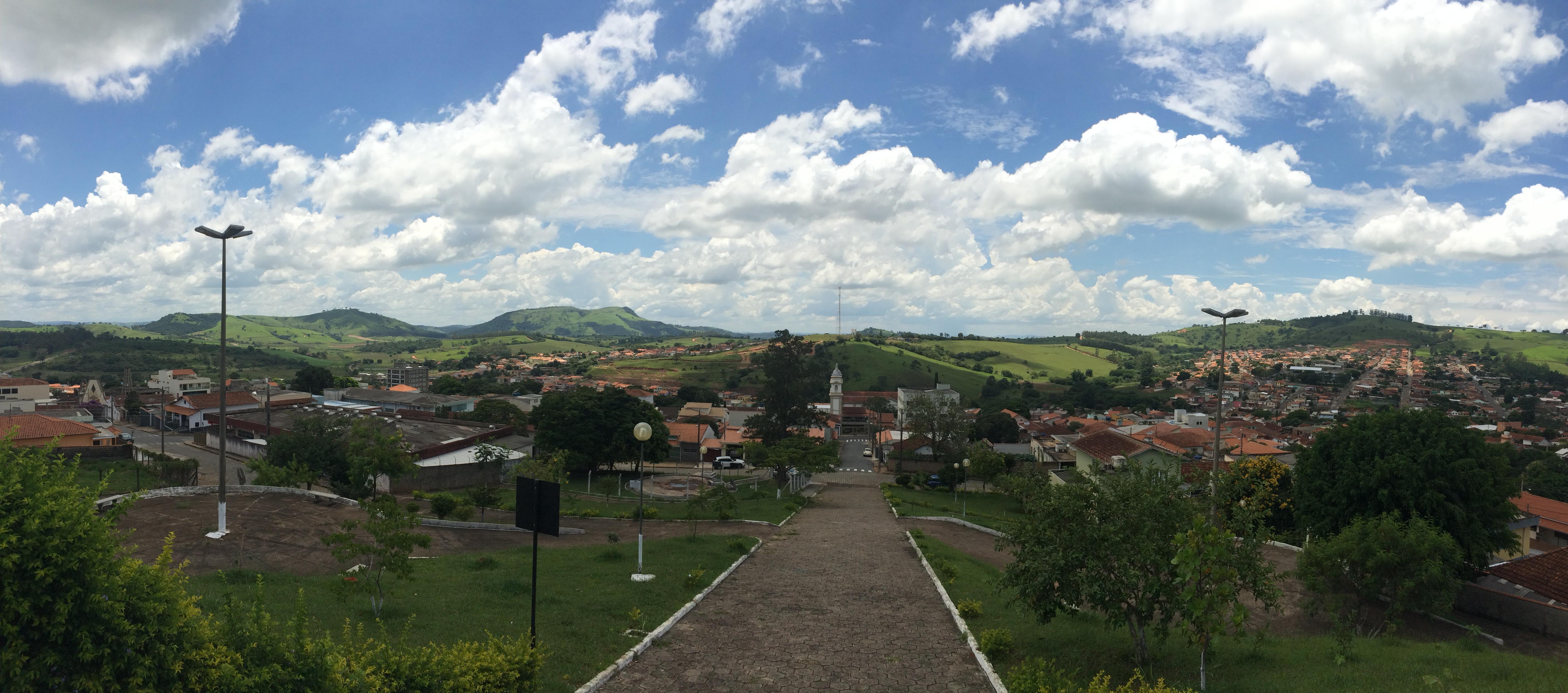 Areado Minas Gerais fonte: upload.wikimedia.org