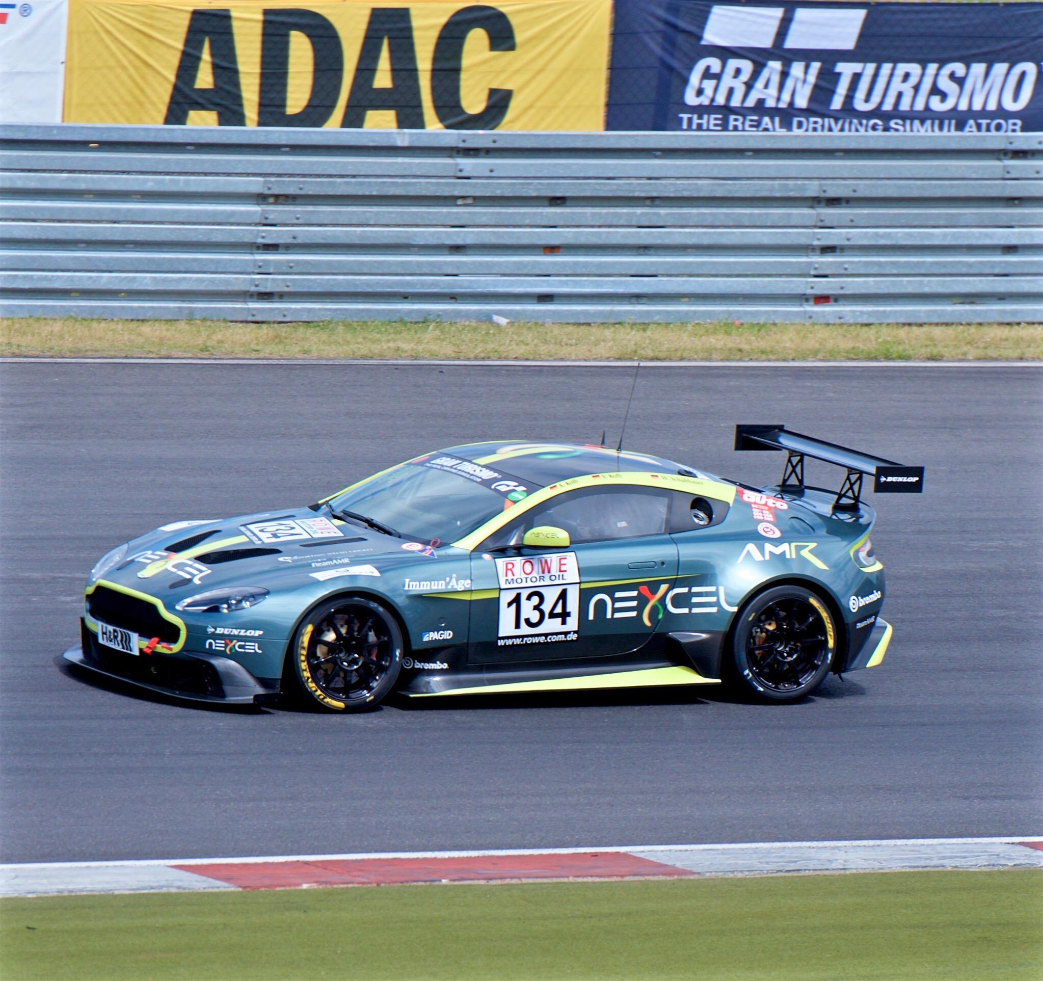 File Aston Martin Gt8 Alexander Kolb Vln Nuerburgring 2017 Jpg