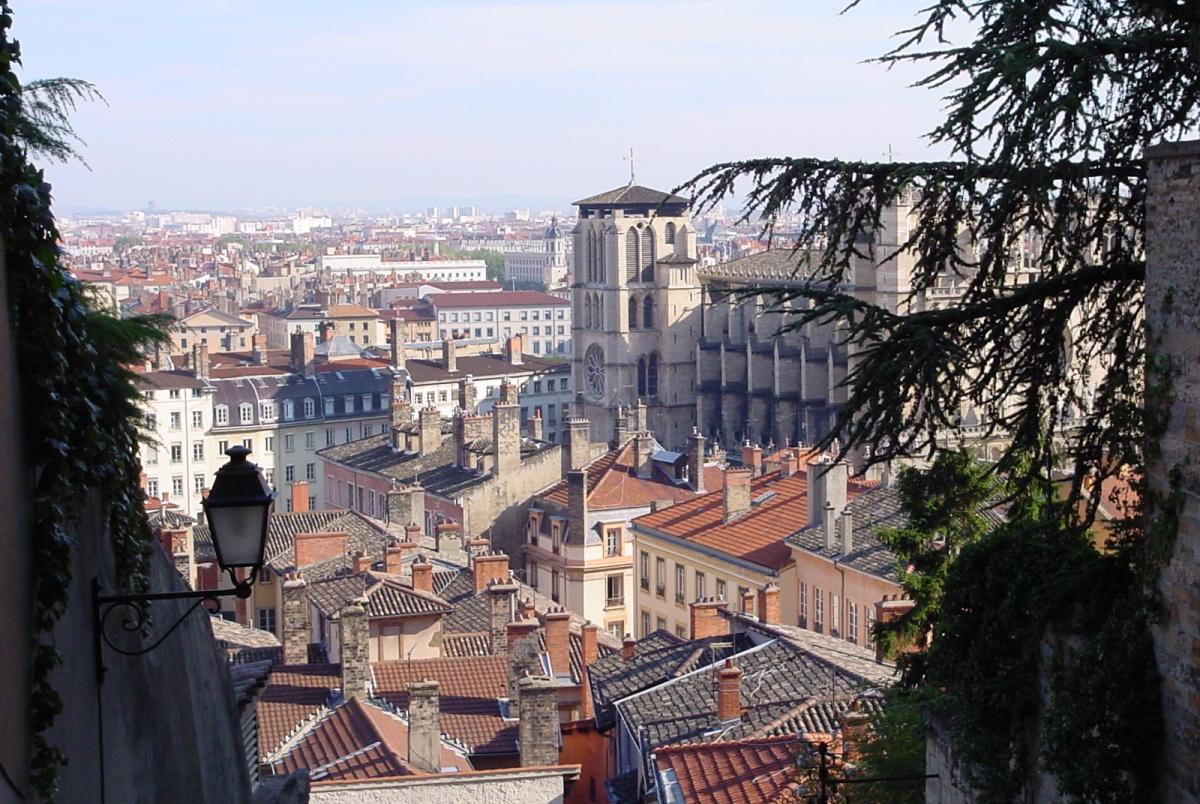 Au dessus du quartier Saint-Jean.jpg