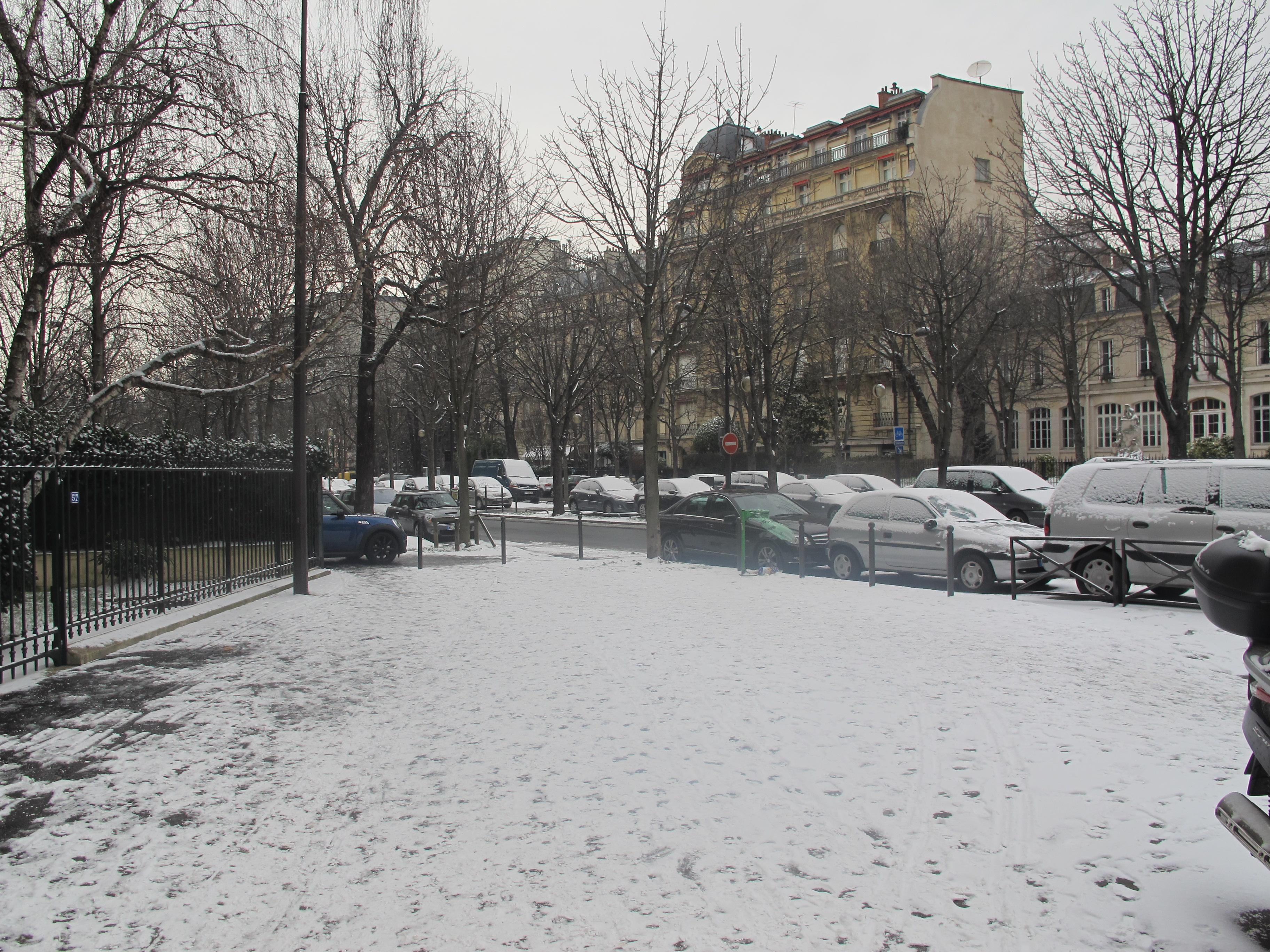 File avenue georges mandel neige paris 1 jpg wikimedia commons - Avenue georges mandel ...