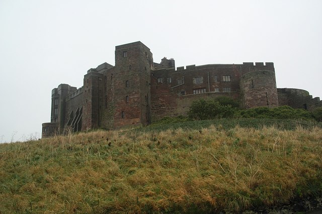 File:Bamburgh Castle - geograph.org.uk - 1558740.jpg