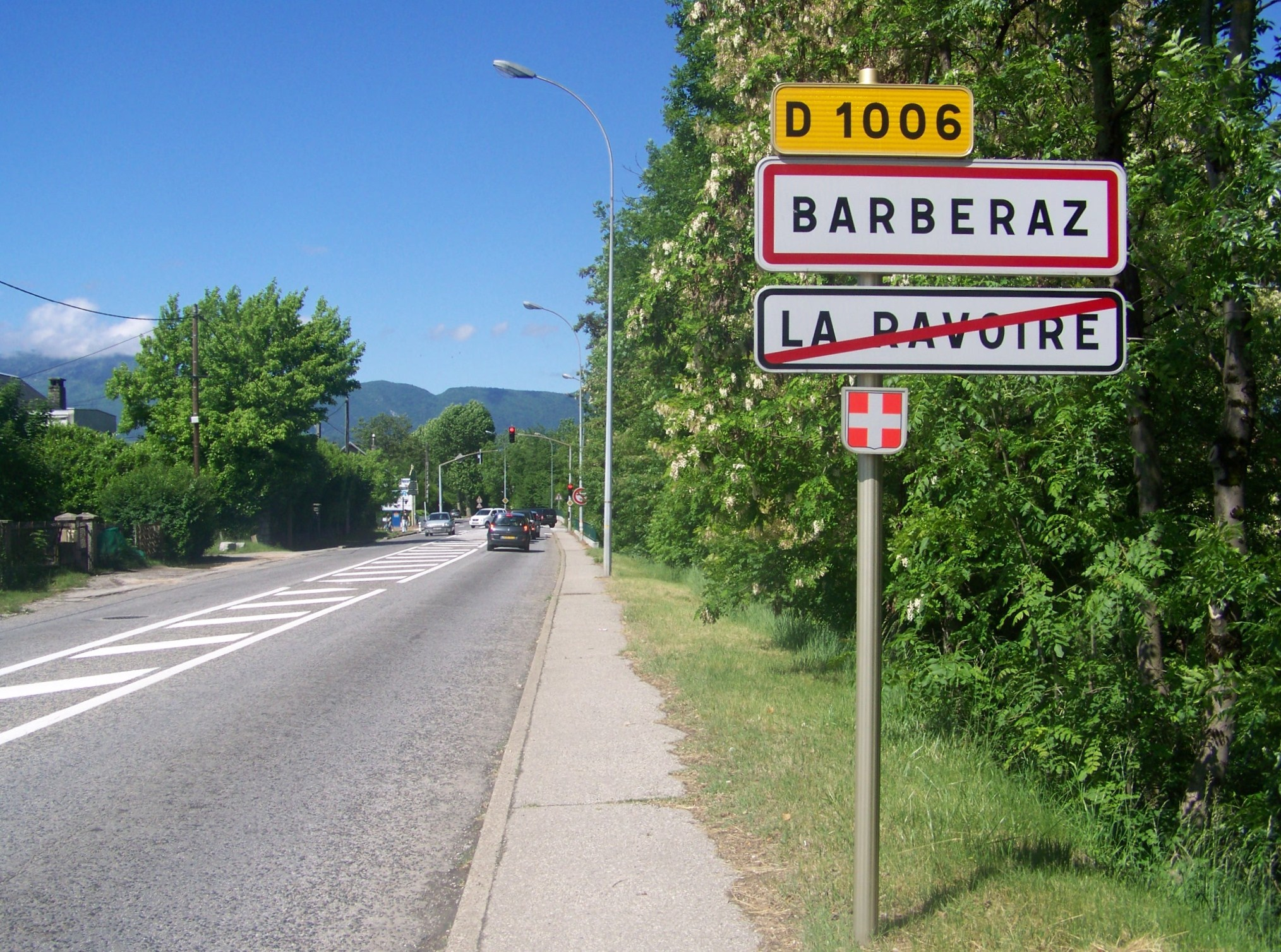 File:Barberaz (D 1006).JPG