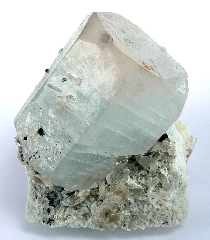 Minéraux et pierres précieuses - Page 23 Beryl-0128-01a