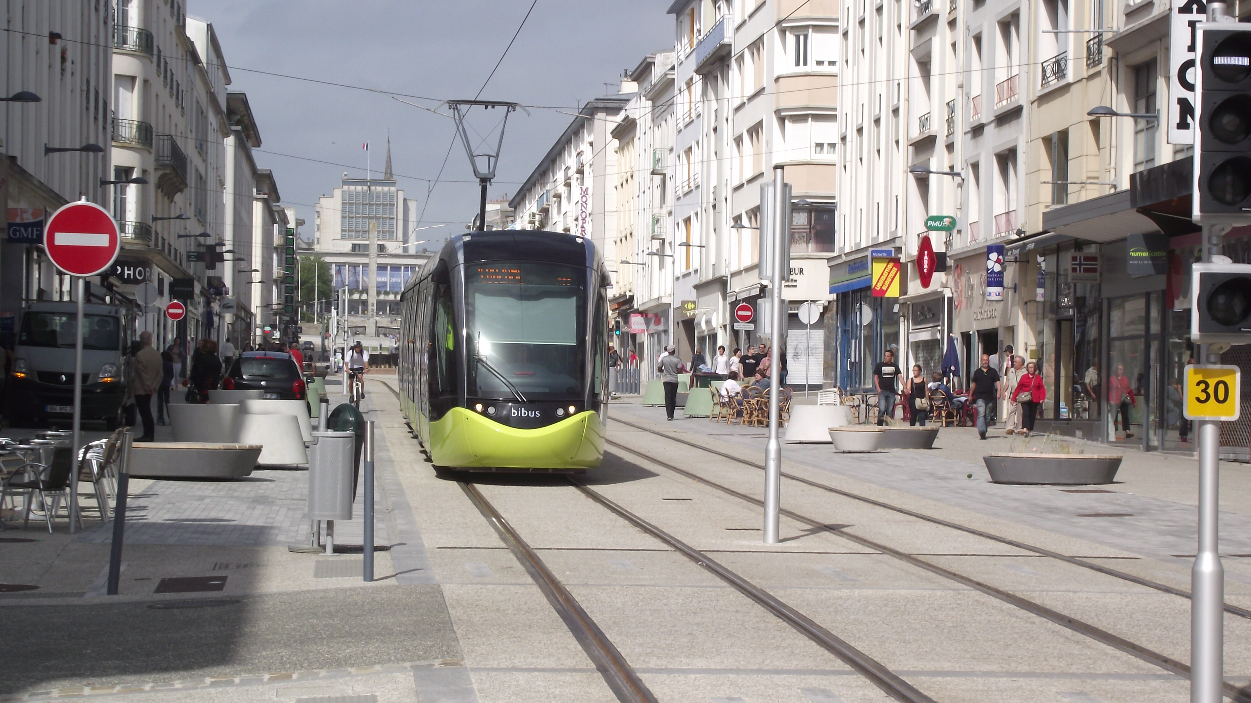 Rue De La Ville En Pierre  Nantes