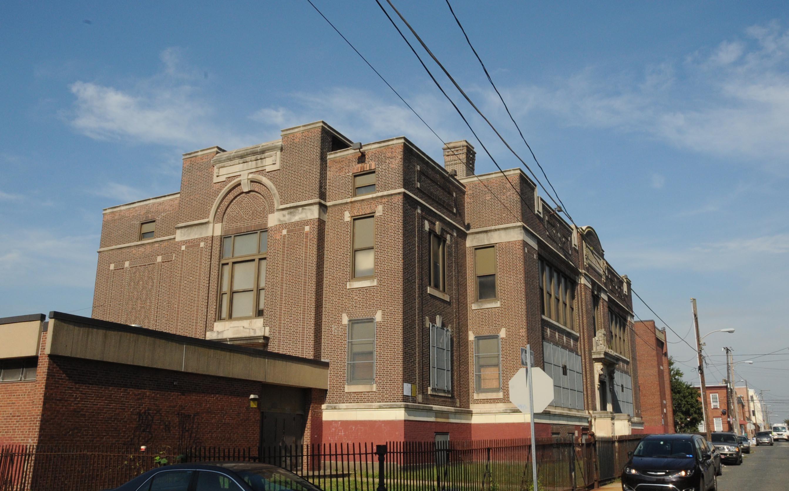 Charles Carroll High School - Wikipedia