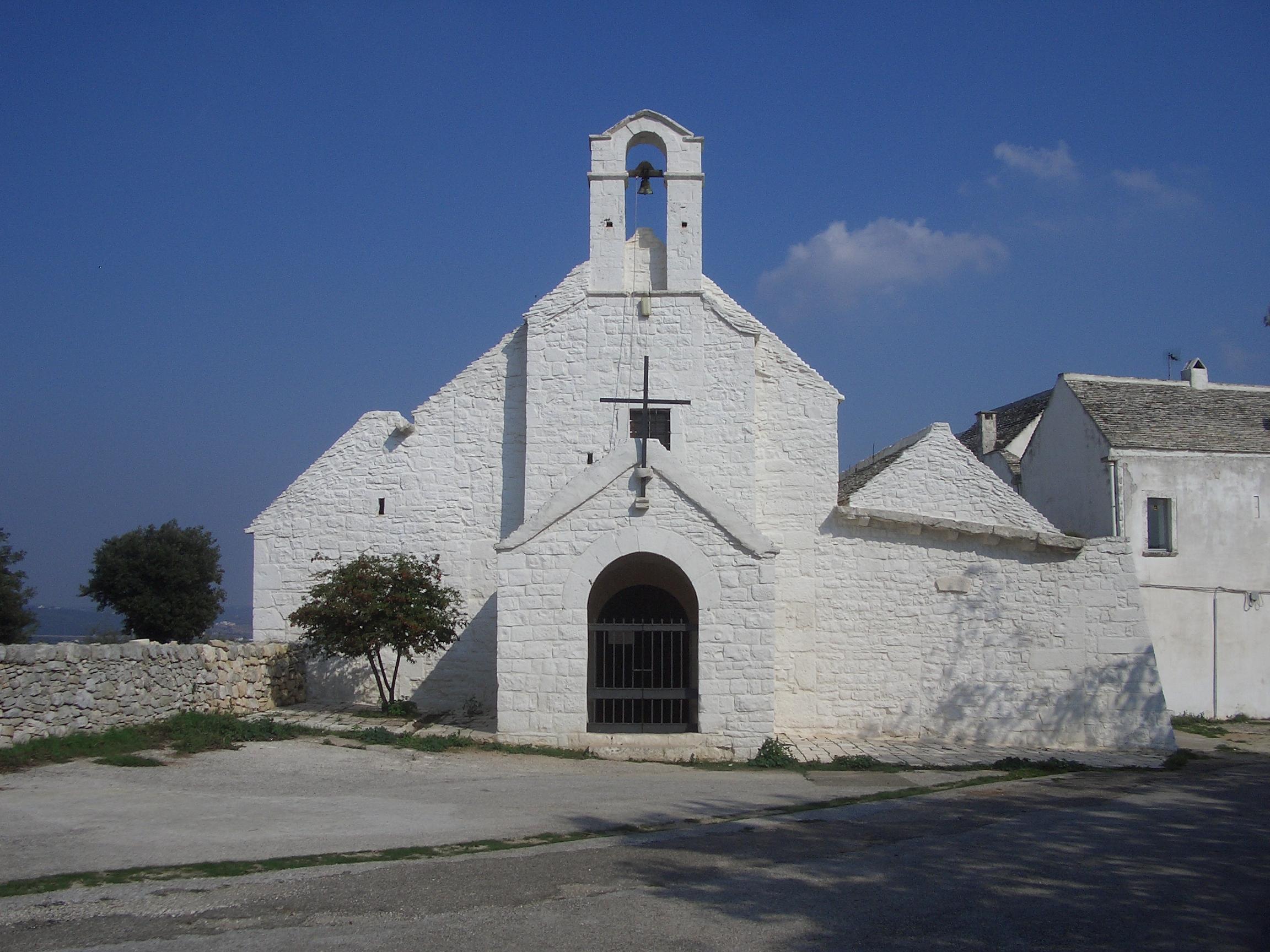 Chiesa di Barsento presso il luogo dove sorgeva l antico casale di Barsento di fondazione anteriore a quella di Noci e secondo alcuni studiosi in origine