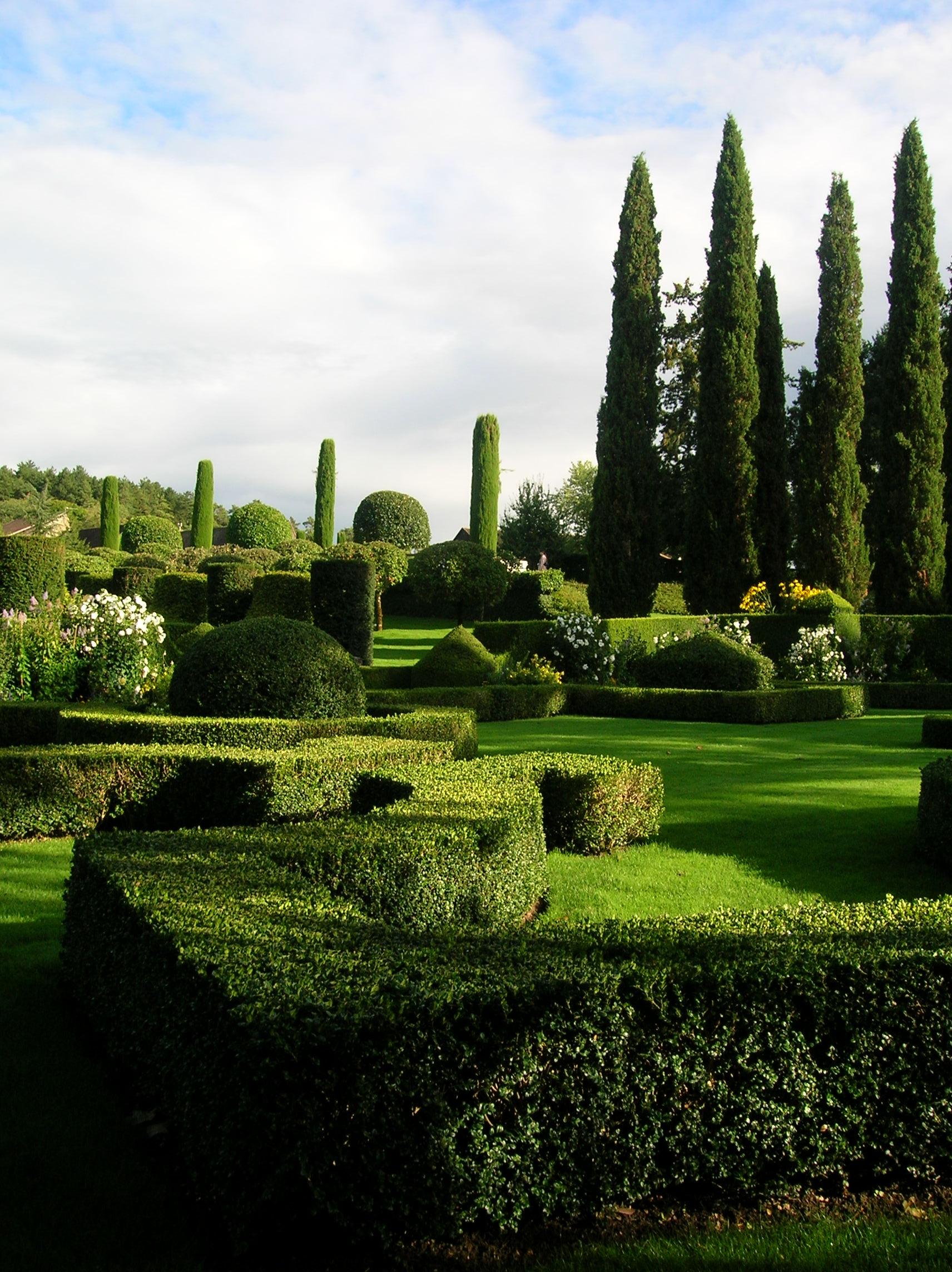File Eyrignac Manor Gardens 03 JPG Wikimedia mons