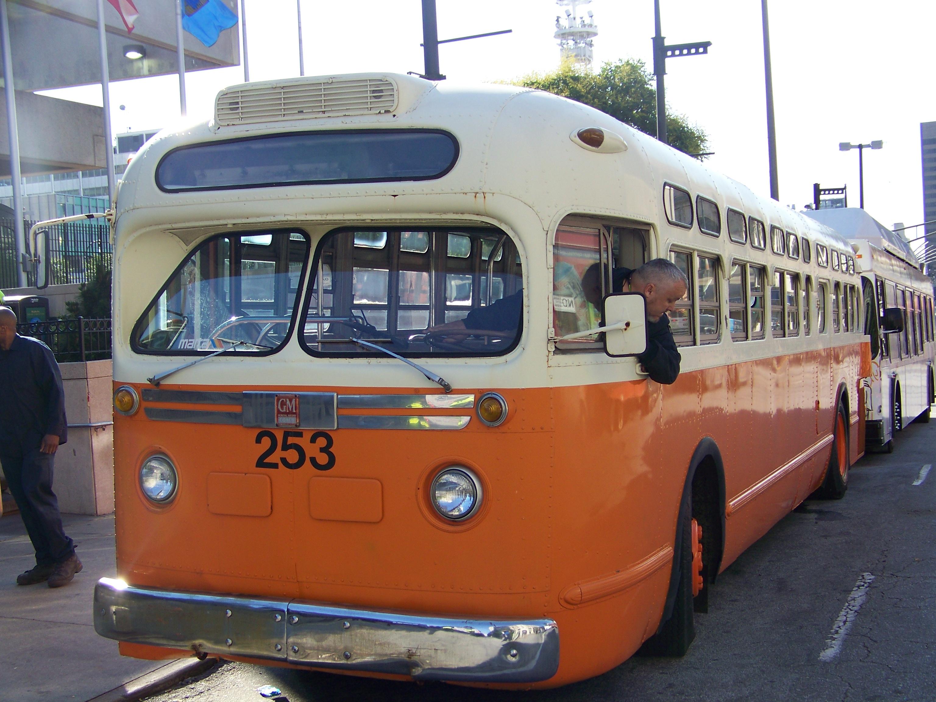 File Gmc Tdh 4512 Old Look Atlanta Transit System 253