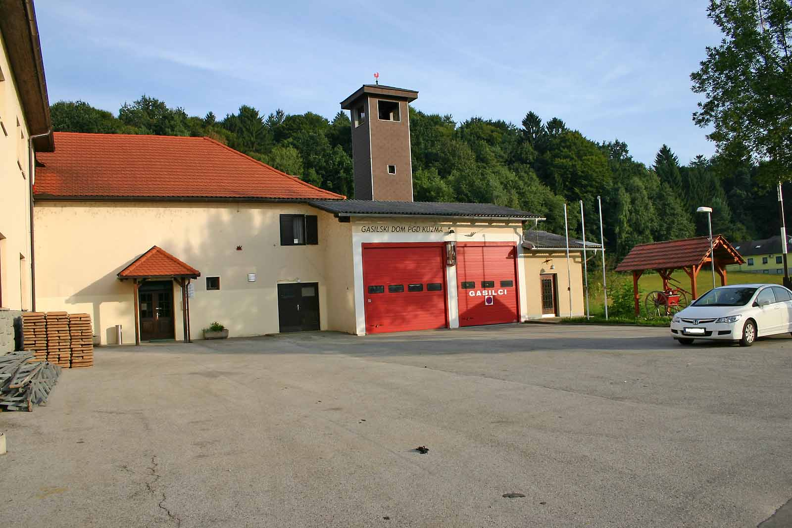 File Gasilski Dom Pgd Kuzma Jpg Wikimedia Commons