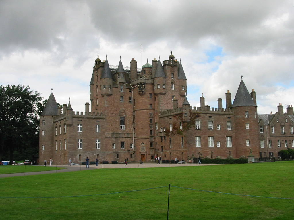 Glamis Castle - Wikipedia