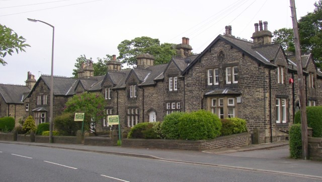 Lightcliffe wikipedia for Wakefield house
