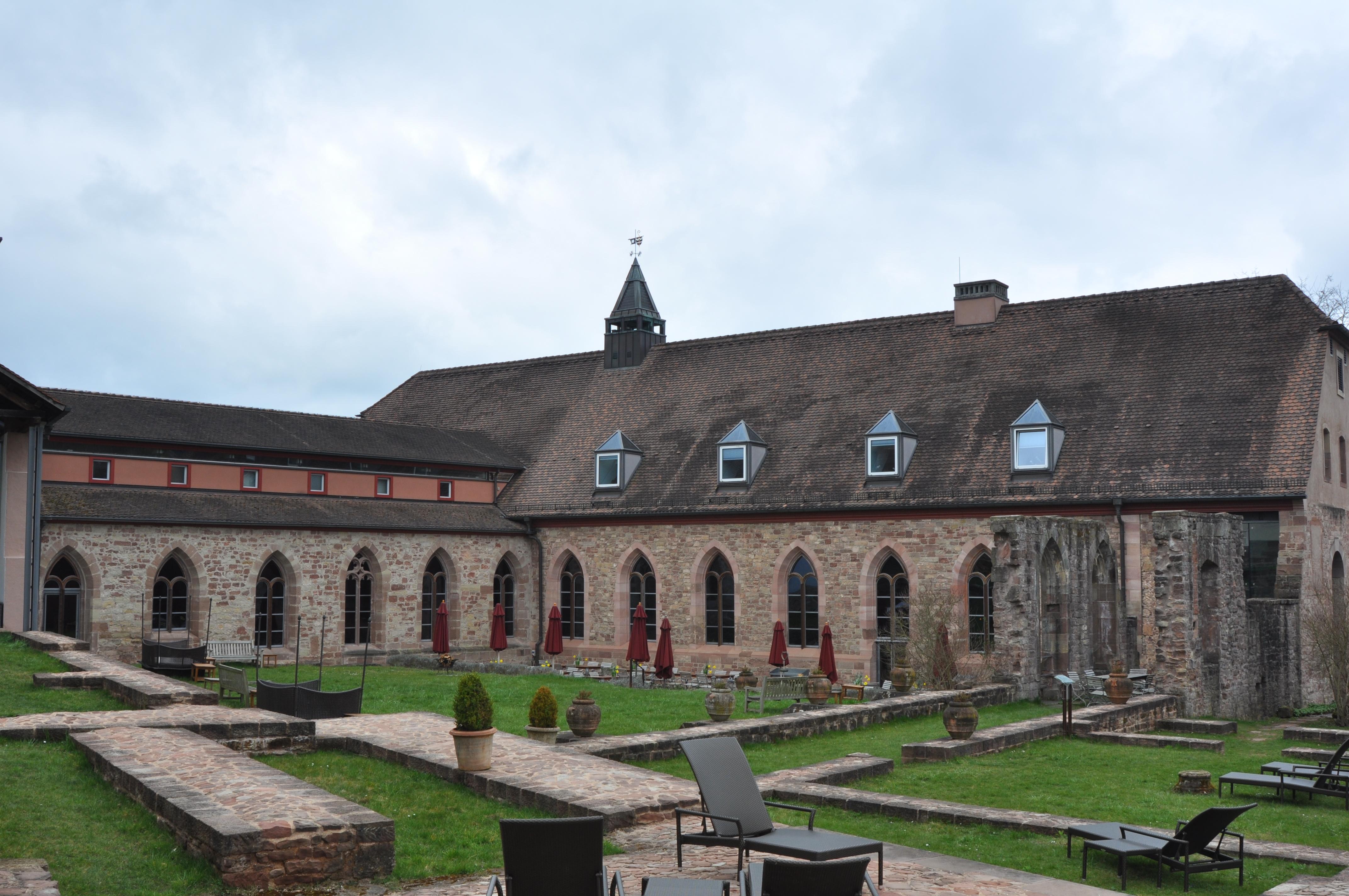 Datei:KlosterHornbach KonventHotel.JPG – Wikipedia