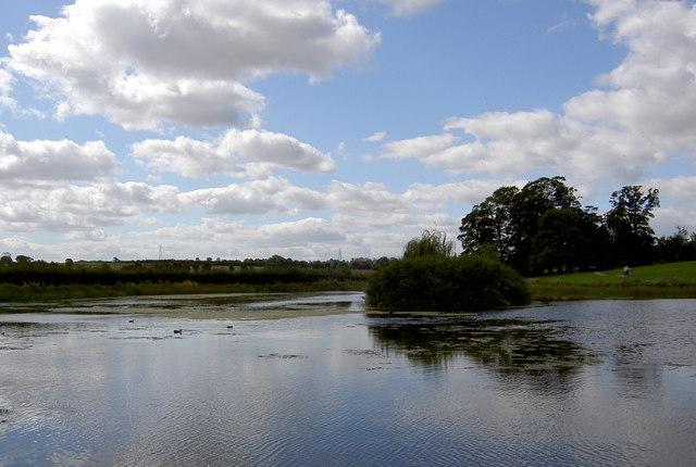 Lakes at Cusworth Hall country park. - geograph.org.uk - 536061