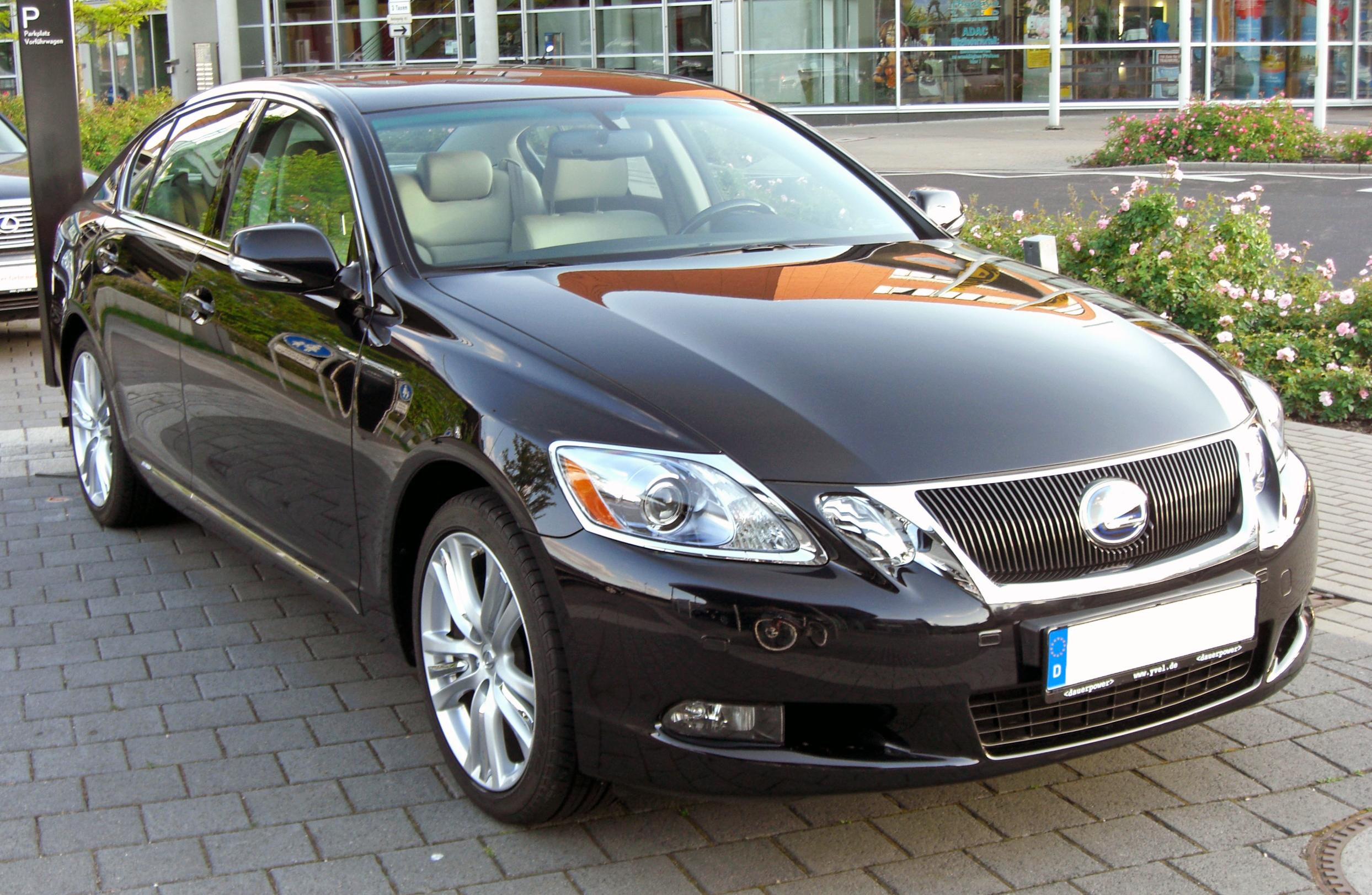 Comments about lexus sedan
