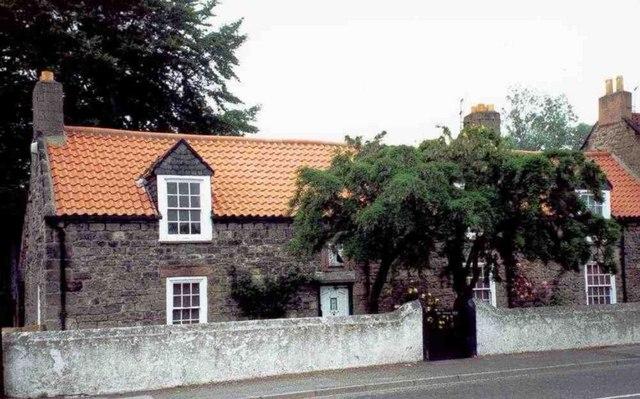 スチーブンソンが暮らしていた家(ニューカッスル・アポン・タイン近郊ウェストムーア)Wikipediaより