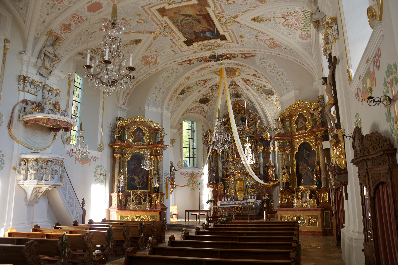 Maria Hilf Kirche Neumarkt