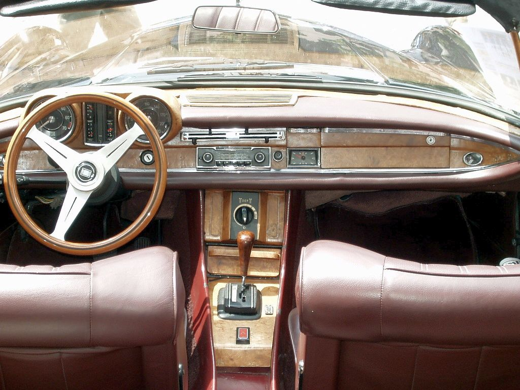 File mercedes benz w122c interieur jpg wikimedia commons for Mercedes benz interieur