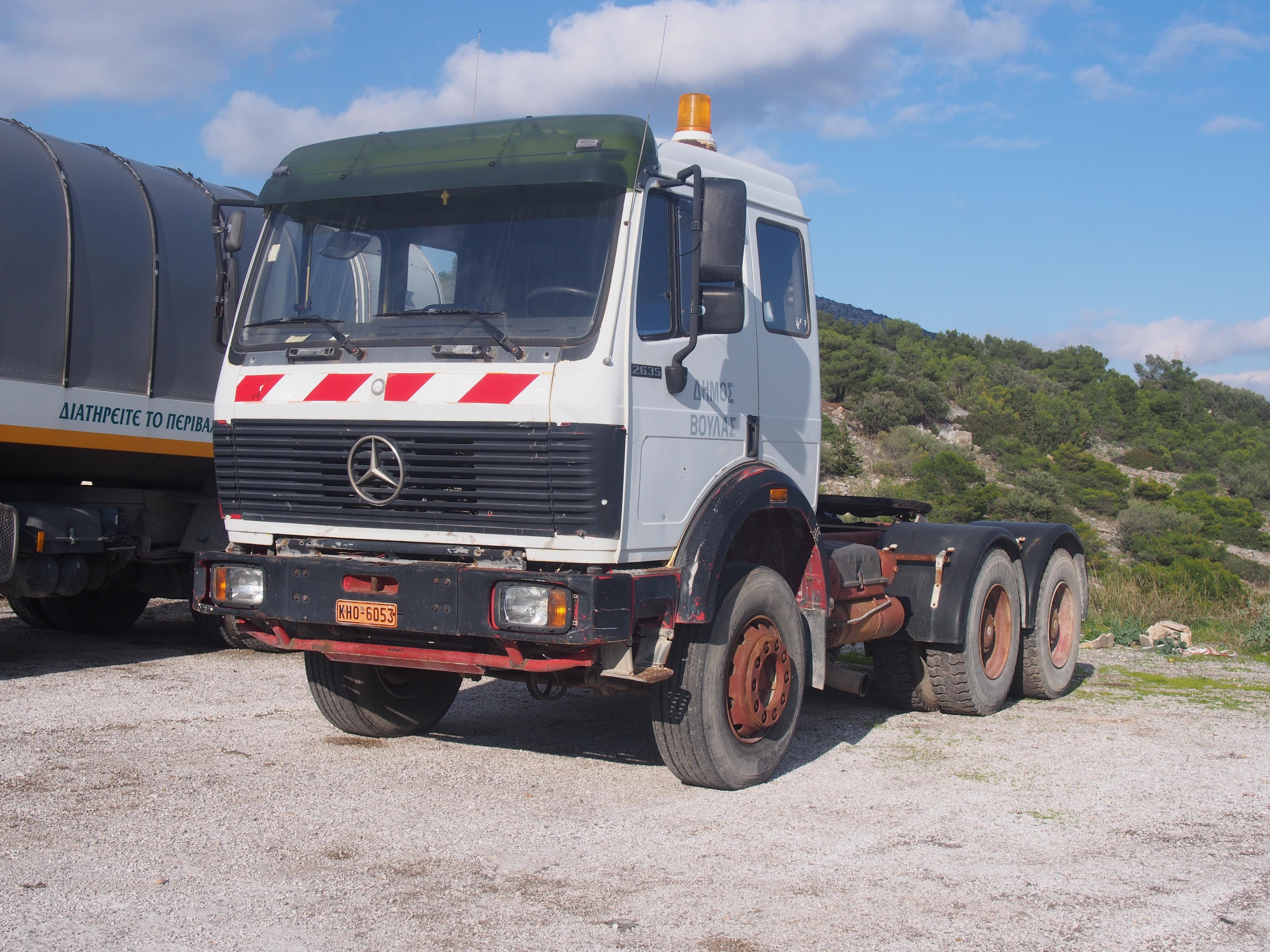 File:Mercedes 2635 - 5410.JPG
