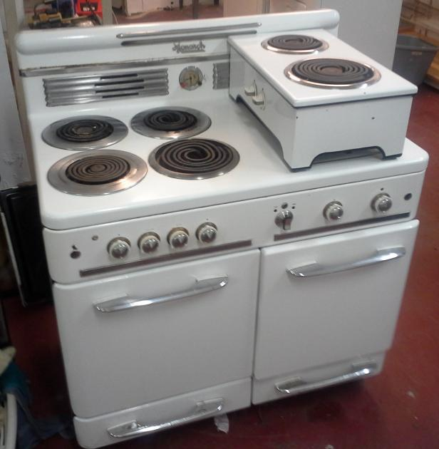 Installed gas range