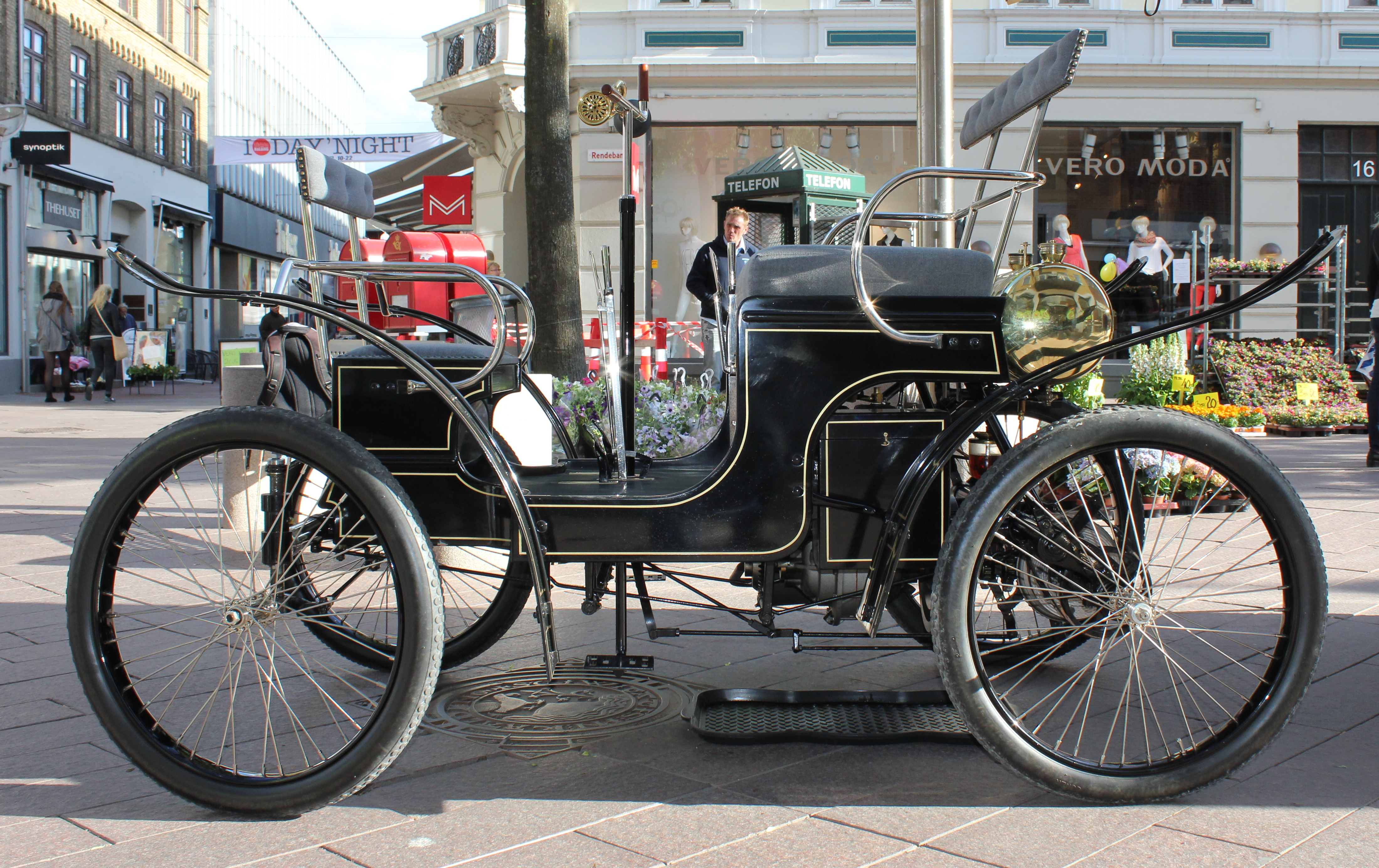 File:Old car from Denmark-BREMS Nr. 1 Type A 1900.--003.JPG ...