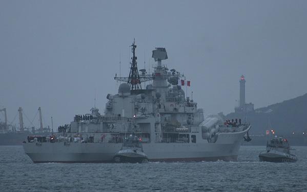PLAN destroyer Sovremenny rear view.jpg