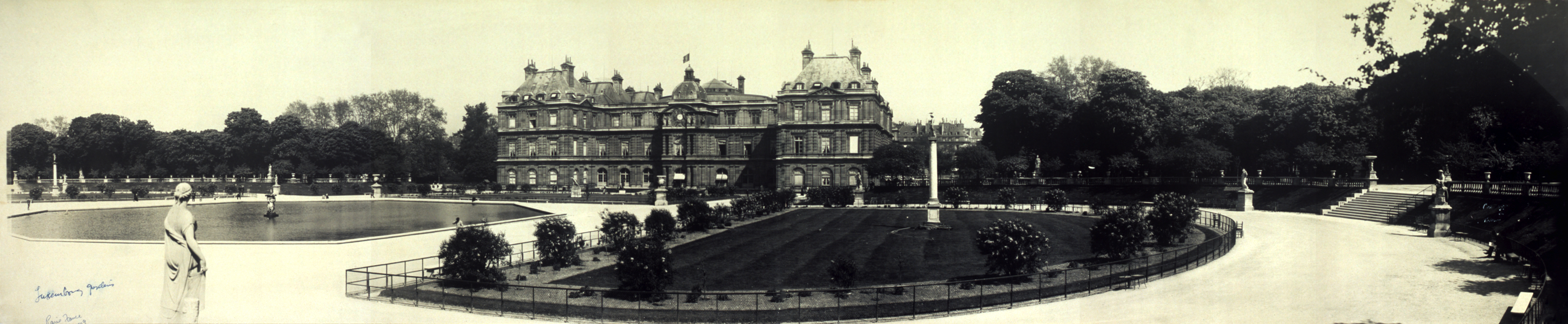 Where is the Luxembourg Garden History 25