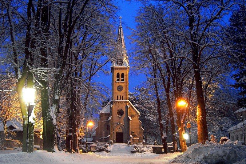 Pfarrkirche weissenbach an d Triesting-kirchenplatz-point de vue-wi 01.jpg
