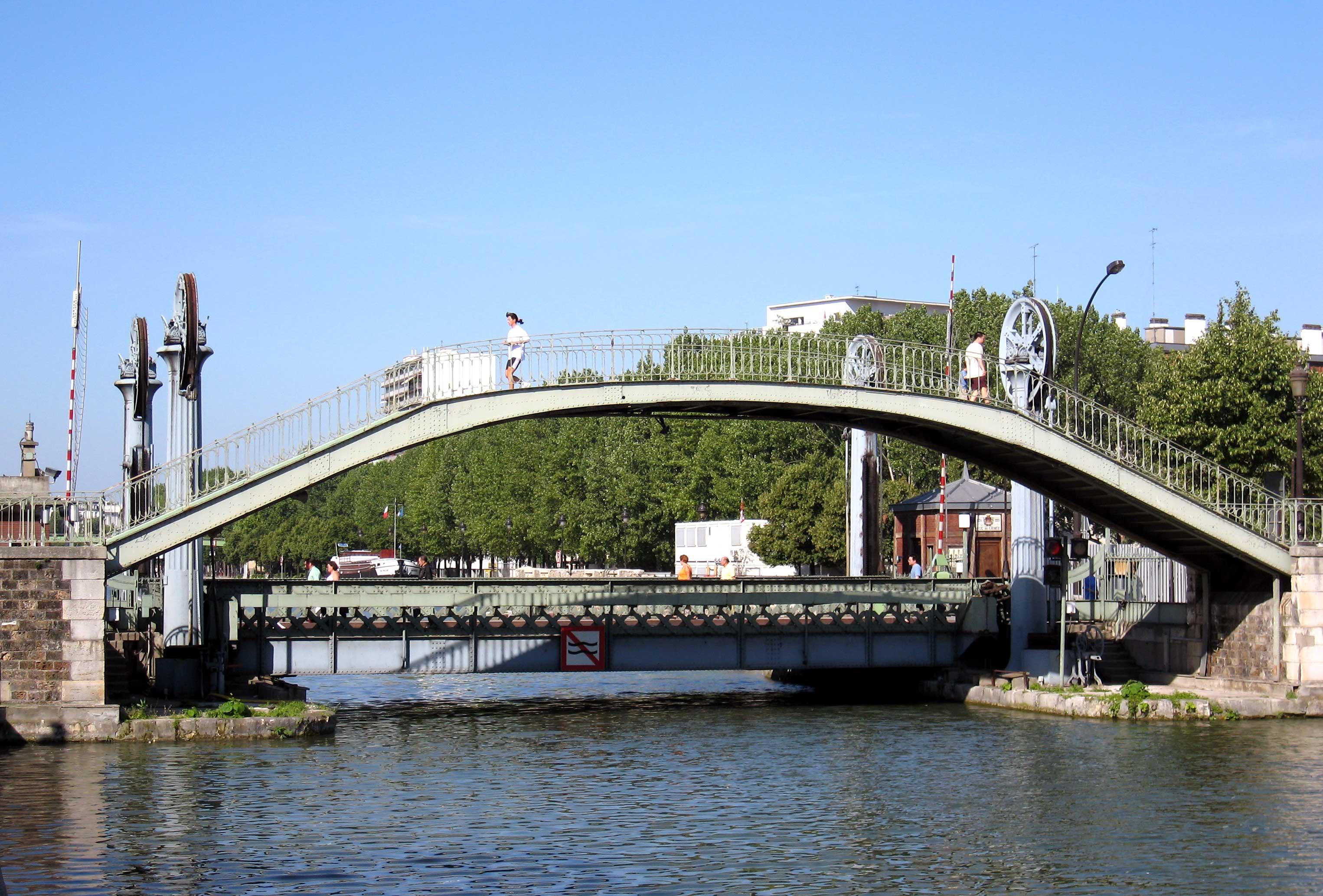 File pont levant de wikimedia commons - Le pont levant de bordeaux ...