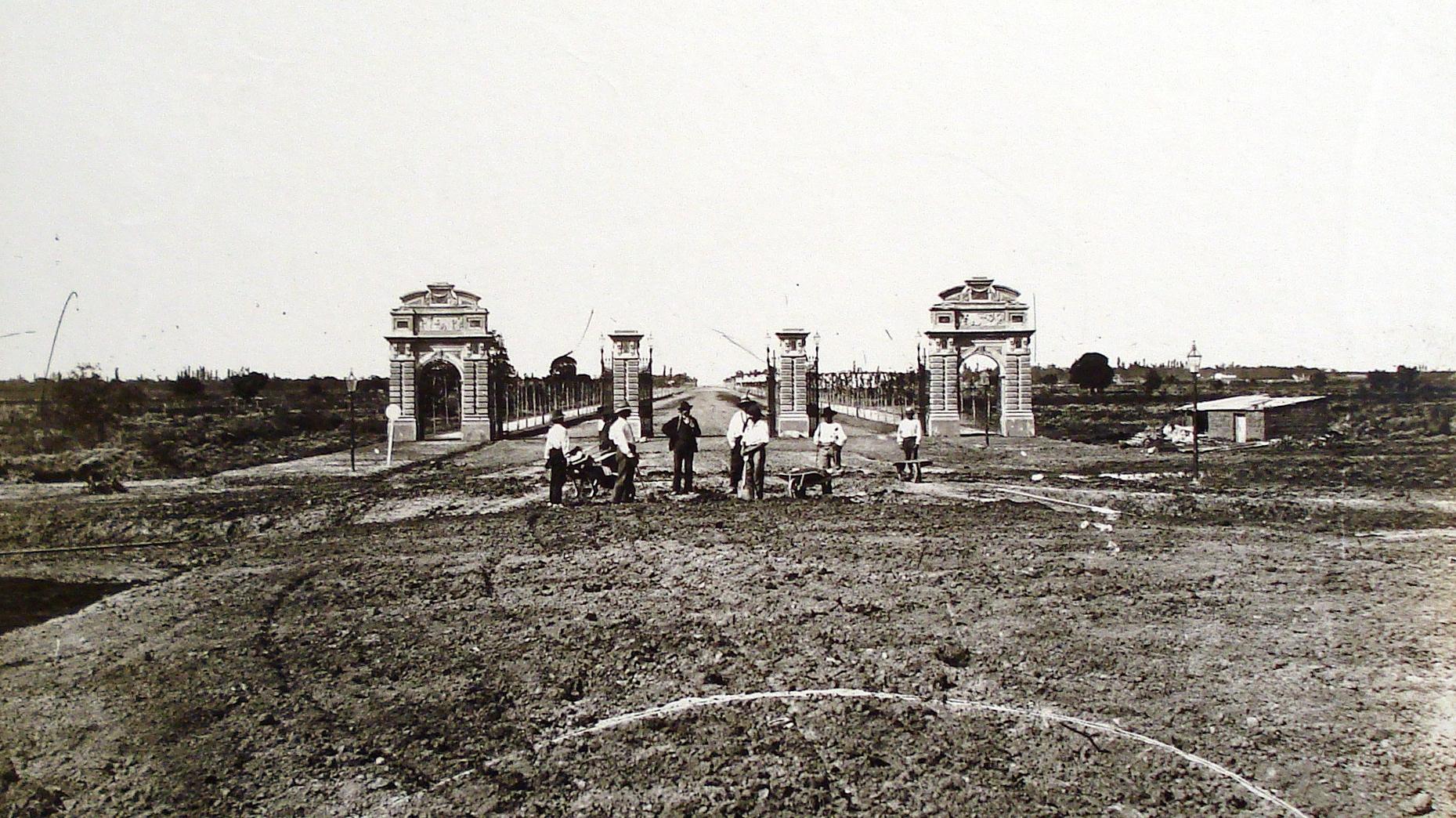 Файл:Portones de Palermo (1875).JPG