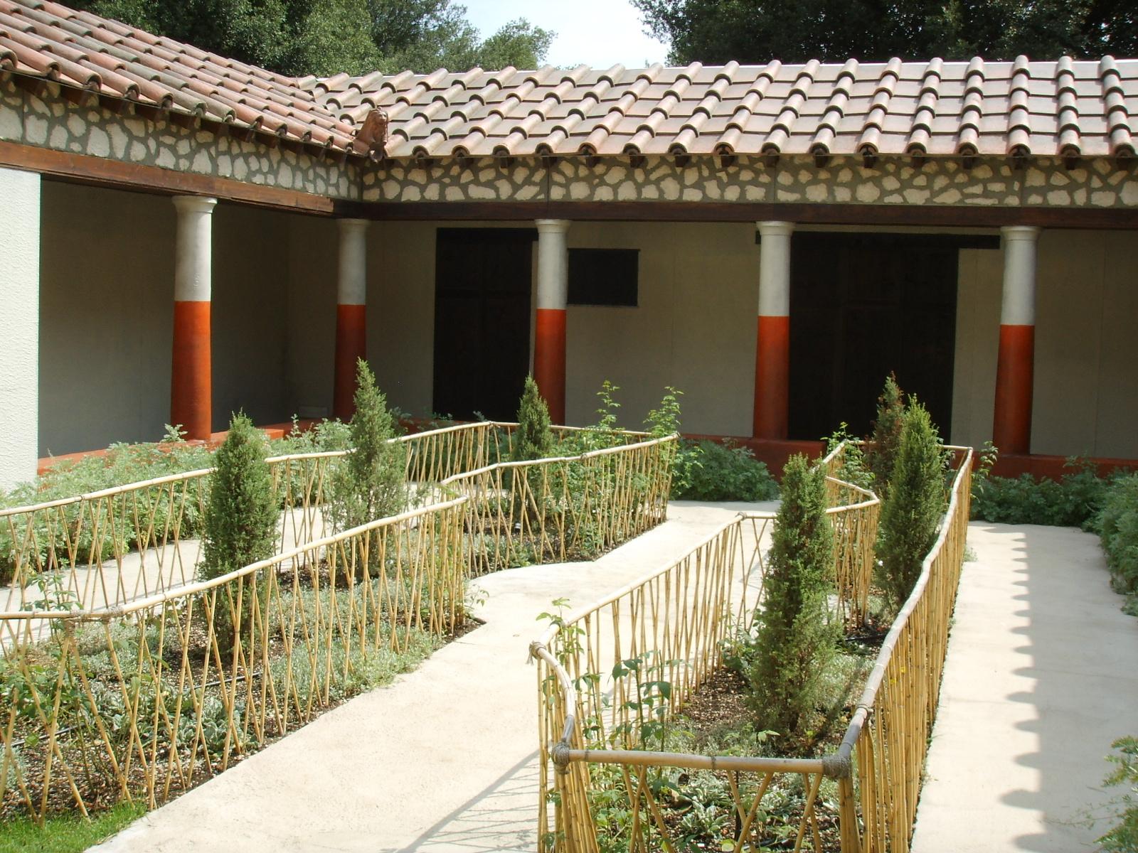 Roman gardens wikipedia for Caratteristiche di design della casa
