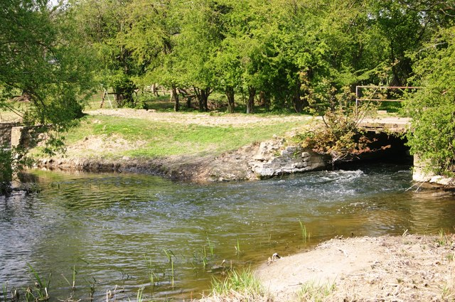 River Thame - geograph.org.uk - 714347