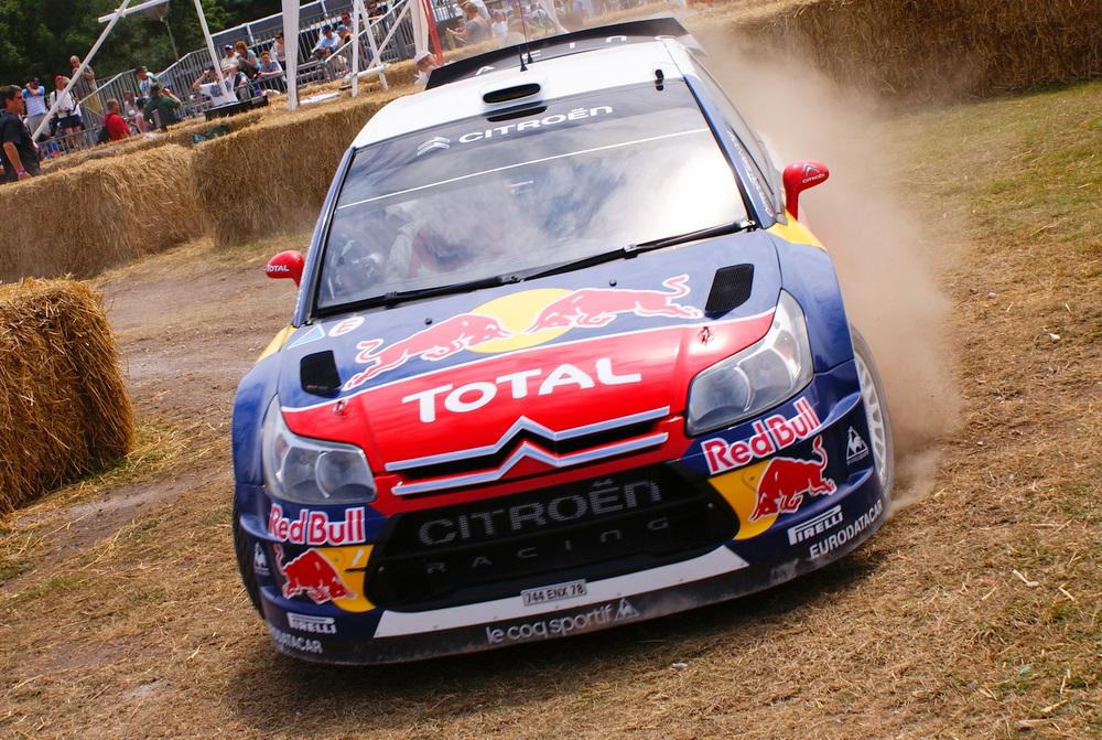 Fichier:Sébastien Loeb C4 WRC Red Bull.jpg — Wikipédia