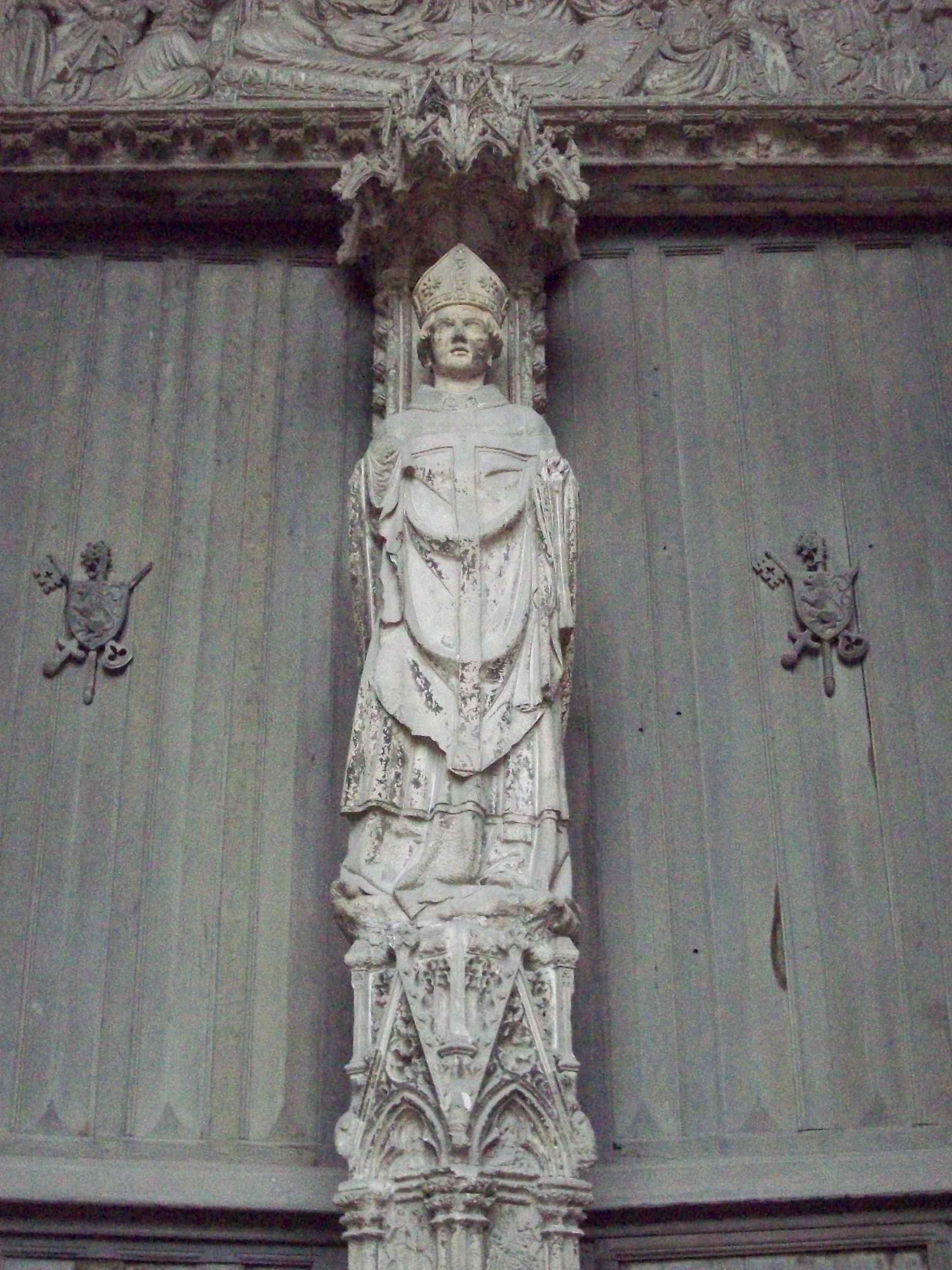 Den hellige Audoenus på Portail des Marmousets i den gamle klosterkirken Saint-Ouen i Rouen