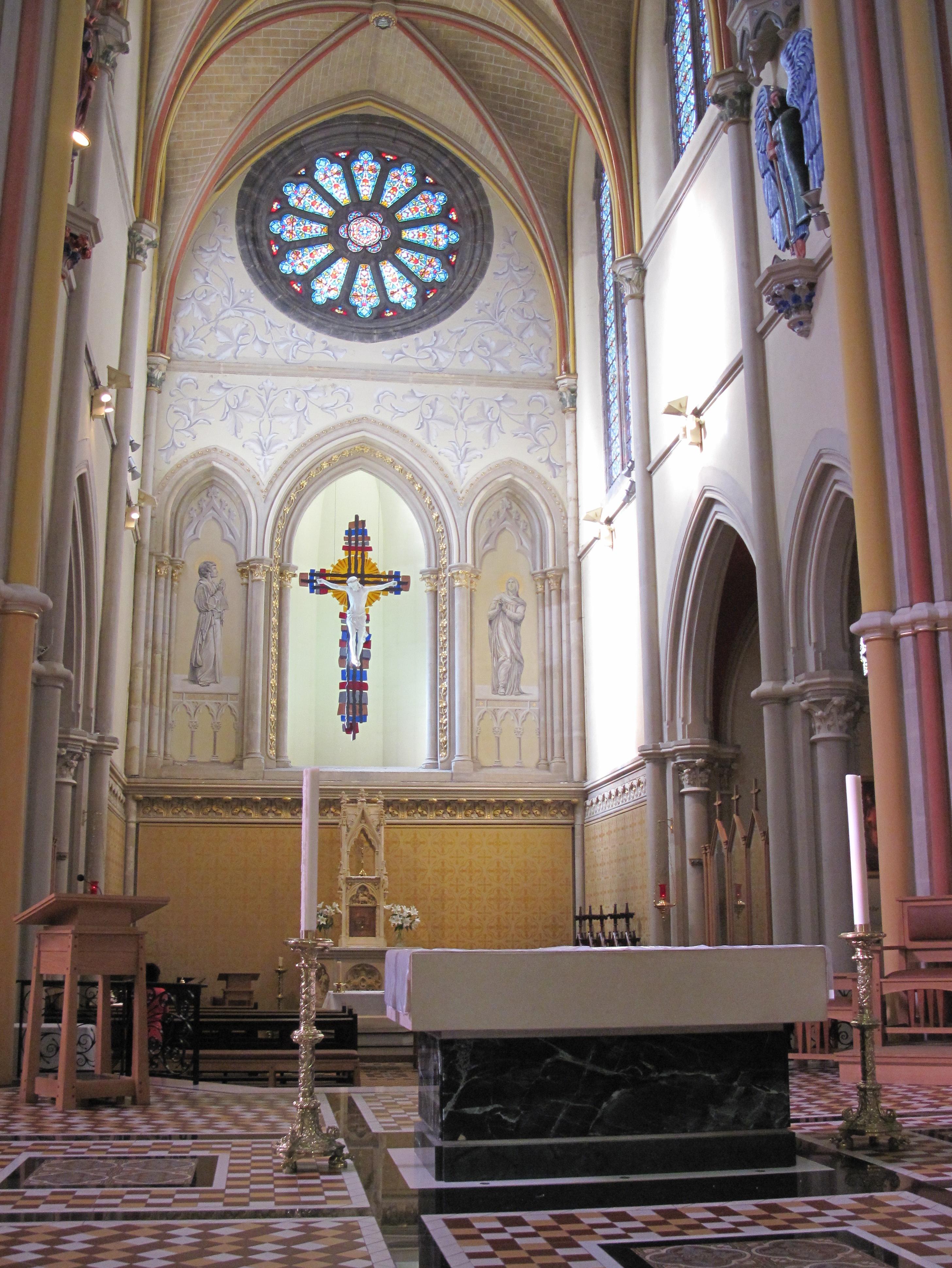 File:Saint Thomas Roman Catholic church Jersey 37.jpg - Wikimedia ...