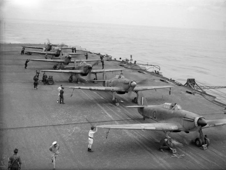Description sea hurricanes 885 nas on hms victorious r38 1942 jpg